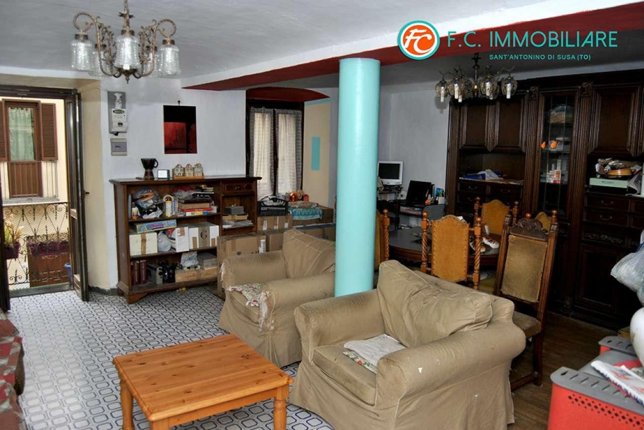 Appartamento in vendita a Sant'Antonino di Susa, 5 locali, prezzo € 79.000   CambioCasa.it