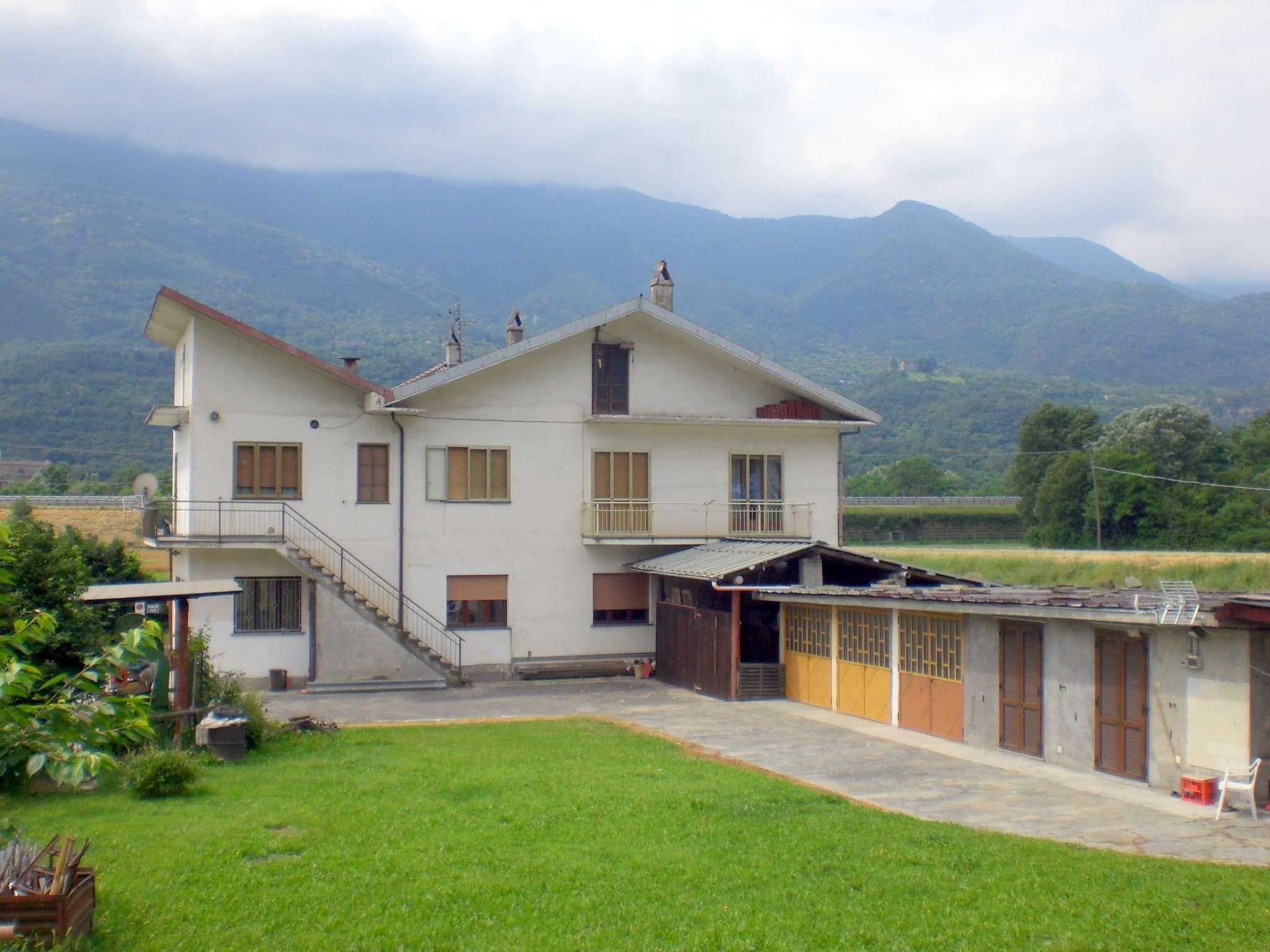 Appartamento in vendita a Bussoleno, 5 locali, prezzo € 82.000 | CambioCasa.it
