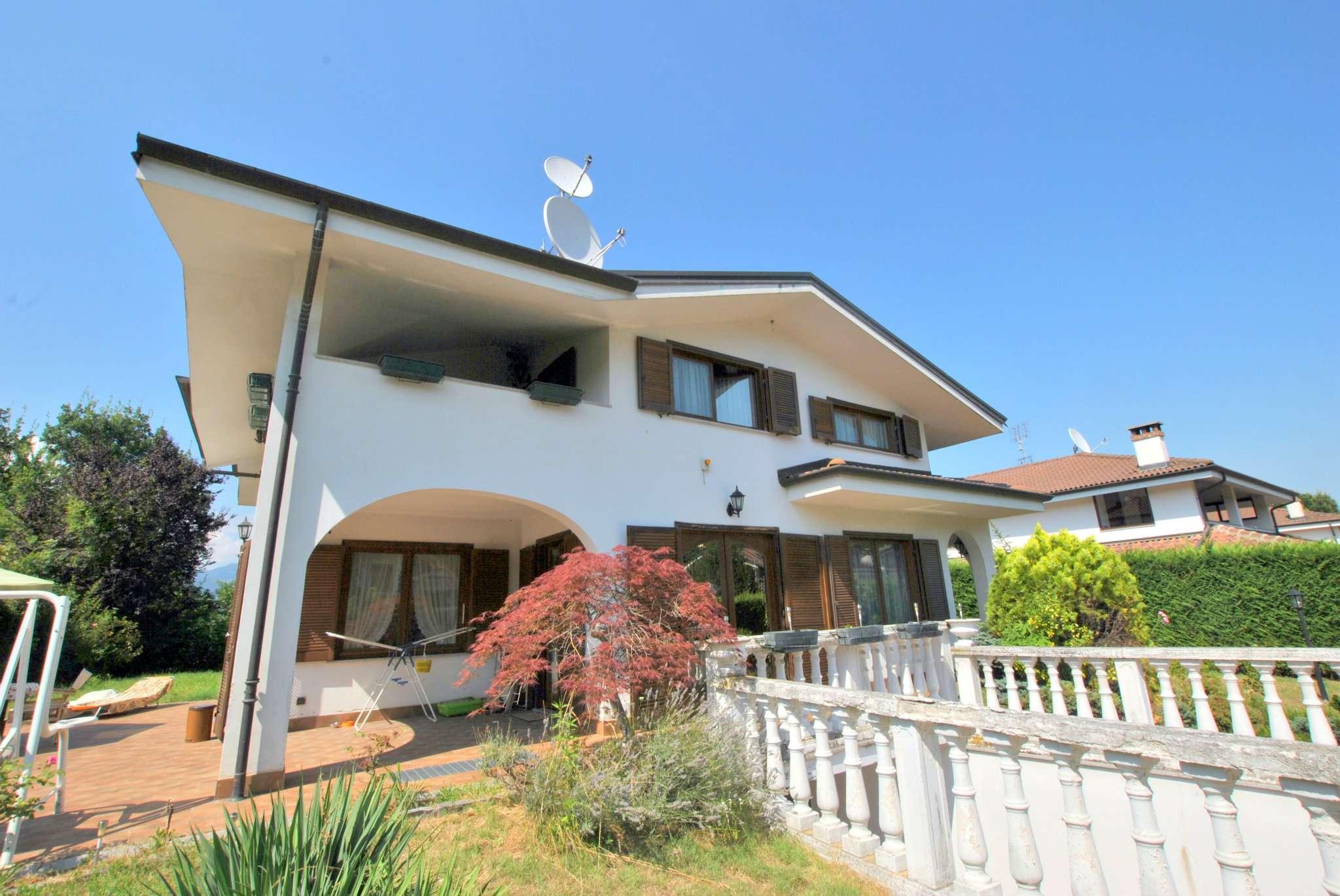 Villa in affitto a Avigliana, 9999 locali, prezzo € 1.600 | CambioCasa.it