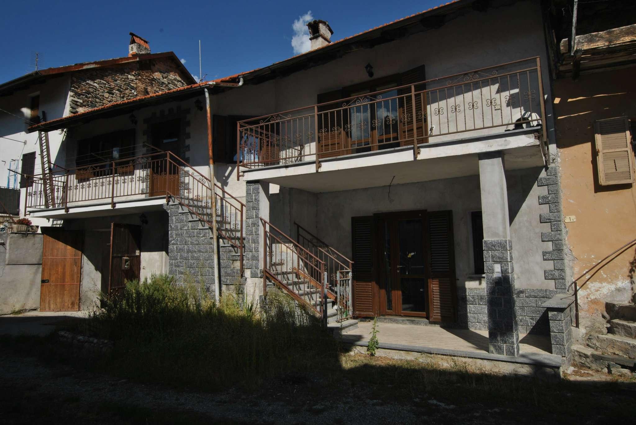 Porzione di casa in ottime condizioni in vendita Rif. 5258899