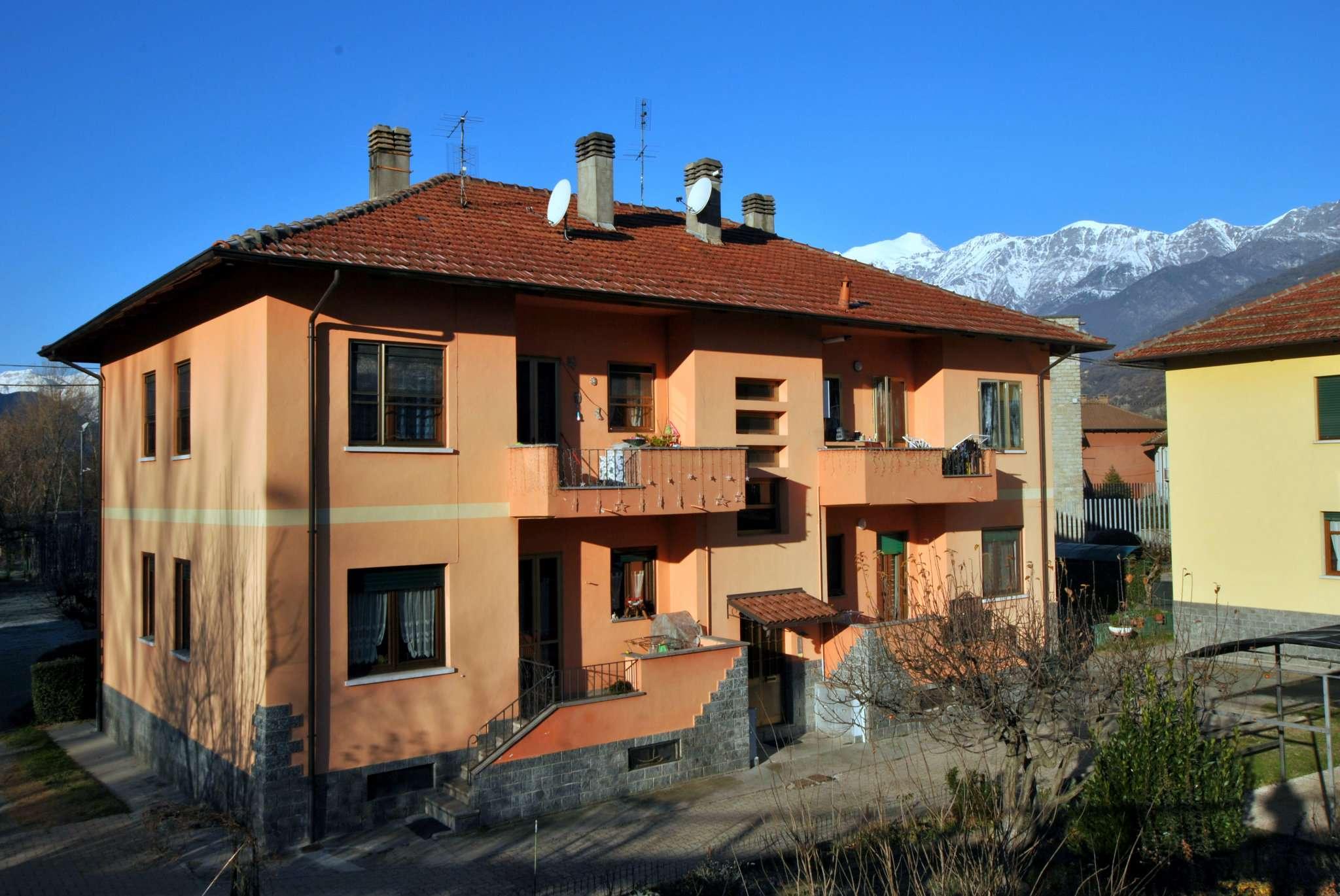 Appartamento in ottime condizioni in vendita Rif. 8987851