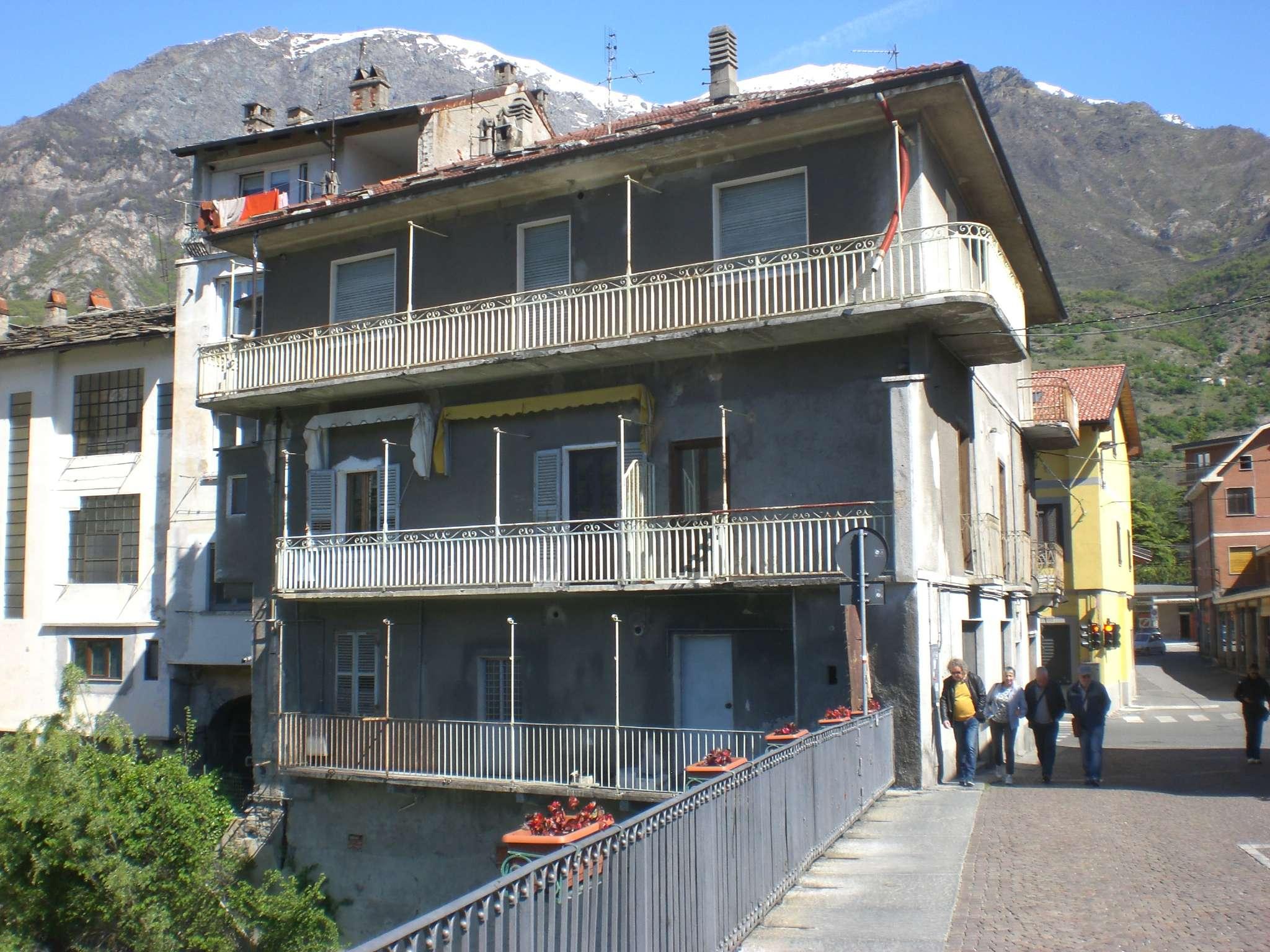 Appartamento in vendita a Bussoleno, 4 locali, prezzo € 43.000 | CambioCasa.it