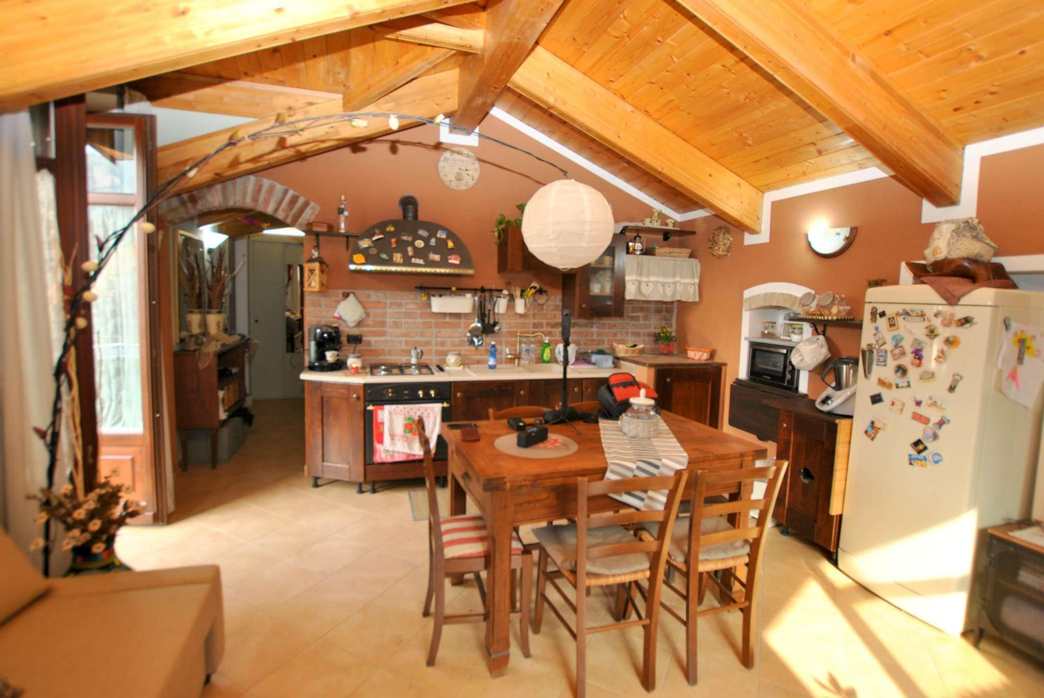 Appartamento in vendita a Vaie, 2 locali, prezzo € 78.000 | CambioCasa.it