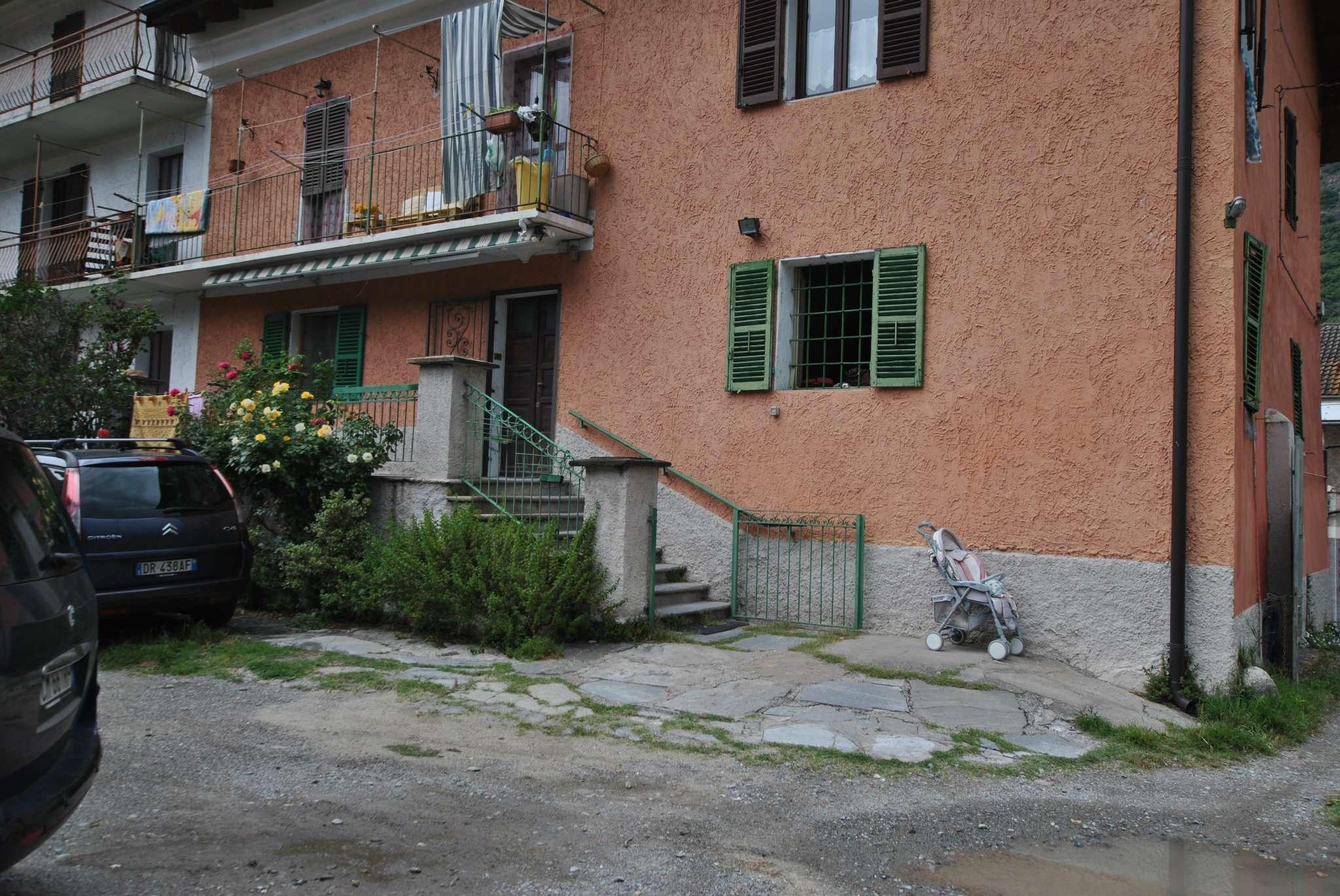 Appartamento in vendita a Susa, 3 locali, prezzo € 78.000 | CambioCasa.it