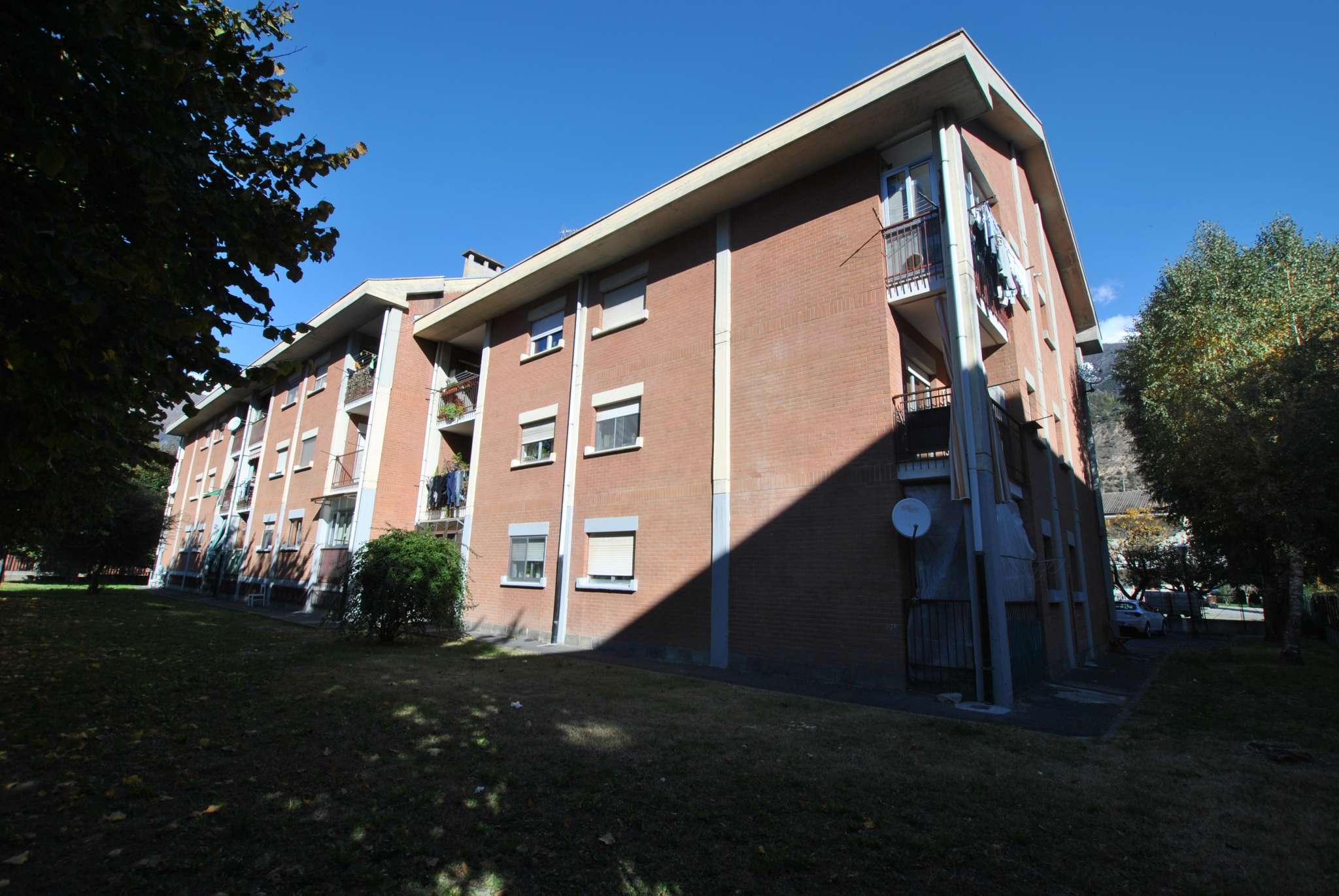 Appartamento in vendita a Susa, 4 locali, prezzo € 98.000 | CambioCasa.it