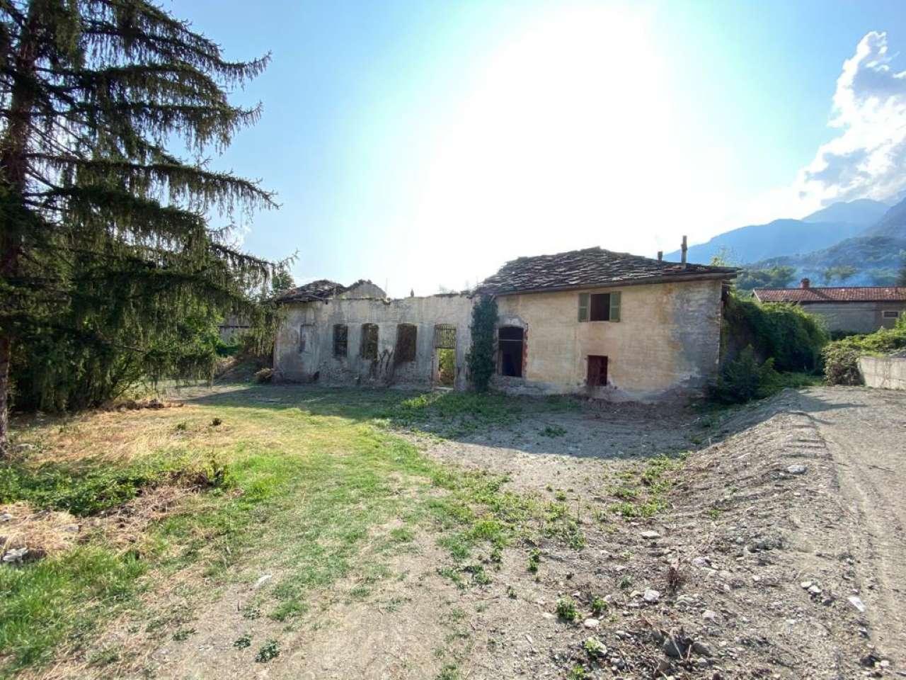 Rustico / Casale in vendita a Susa, 22 locali, prezzo € 98.000 | PortaleAgenzieImmobiliari.it