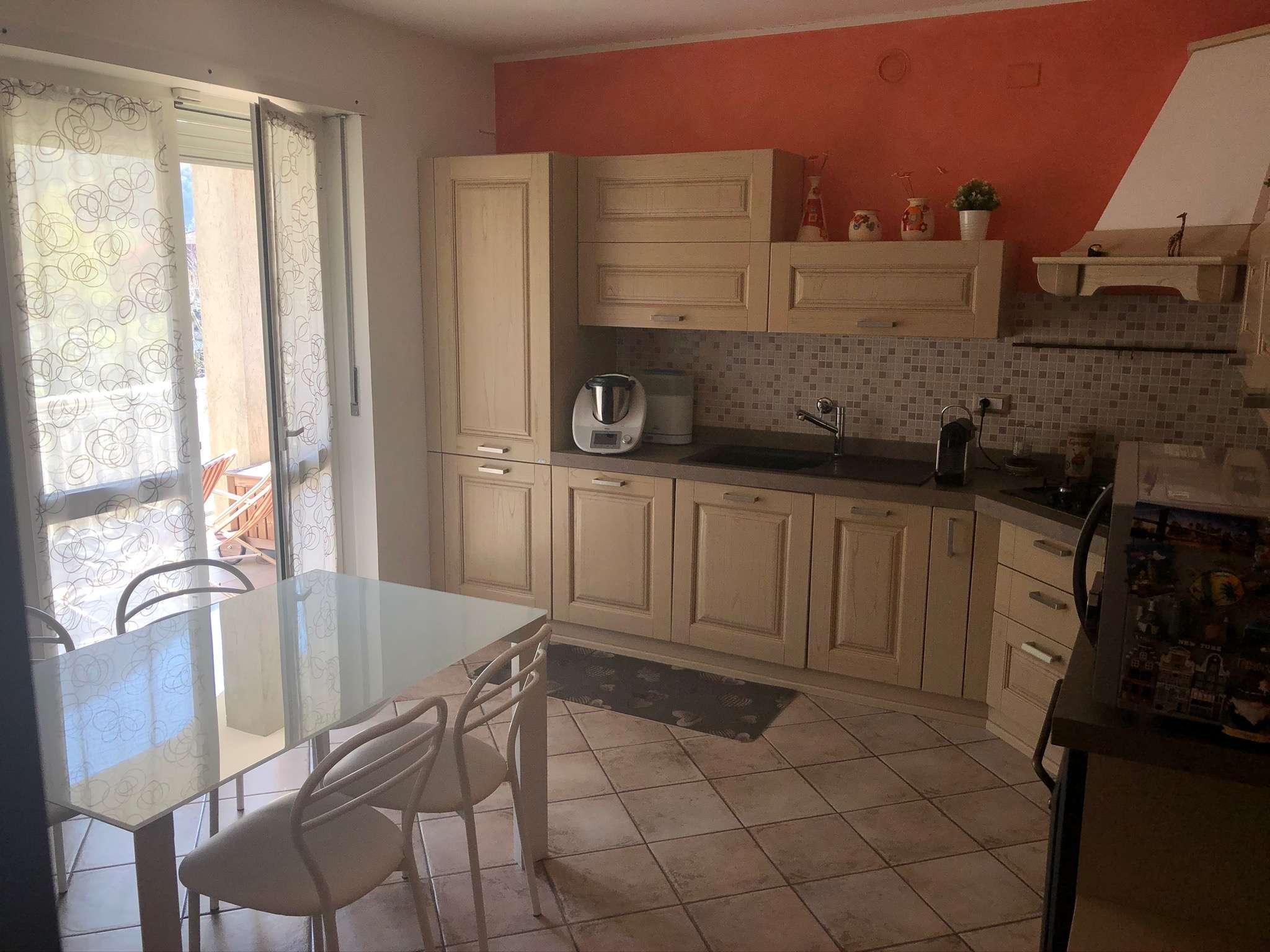 Appartamento in vendita a Vaie, 4 locali, prezzo € 137.000   CambioCasa.it