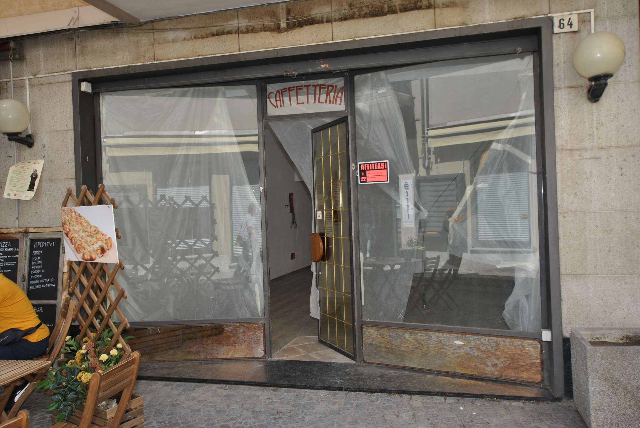 Negozio / Locale in affitto a Susa, 1 locali, prezzo € 1.200 | CambioCasa.it