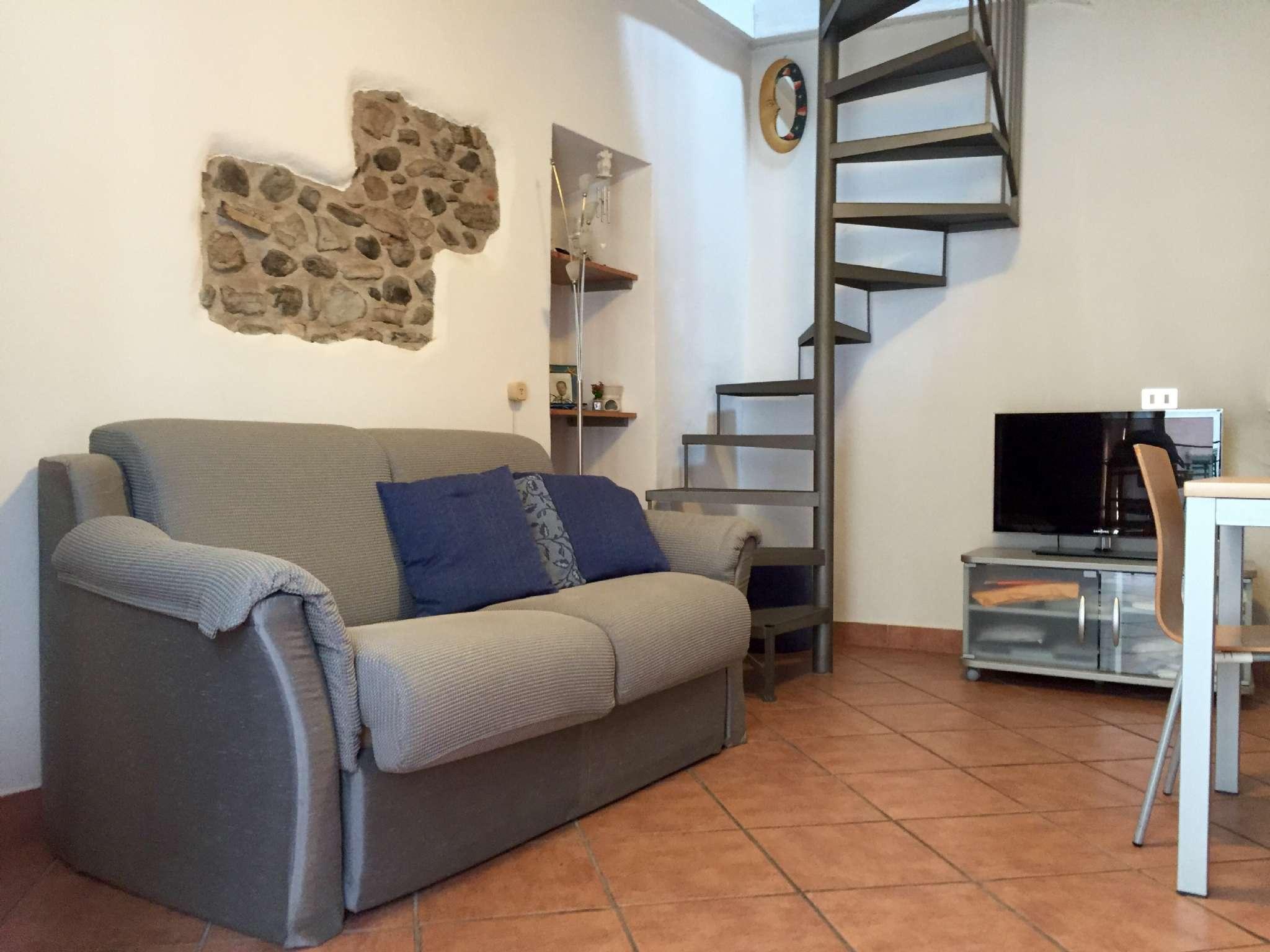 Appartamento in vendita a Gavirate, 2 locali, prezzo € 59.000 | CambioCasa.it