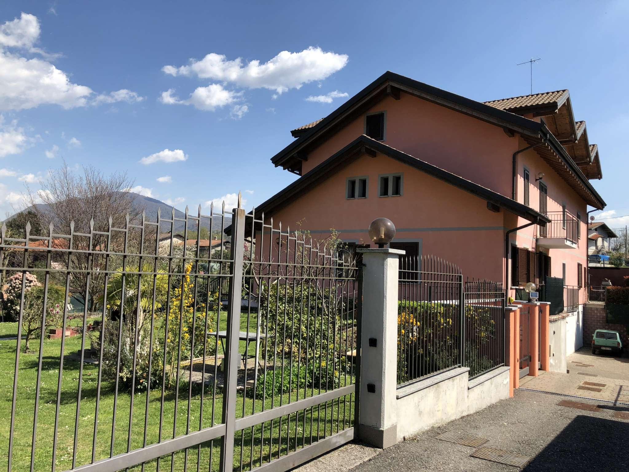 Appartamento in affitto a Cittiglio, 2 locali, prezzo € 400 | CambioCasa.it
