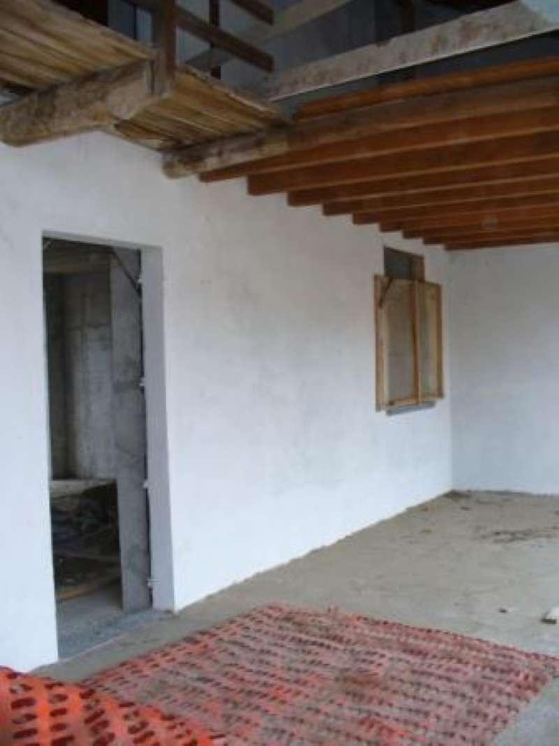 Rustico / Casale in vendita a Gerenzano, 3 locali, prezzo € 55.000 | CambioCasa.it
