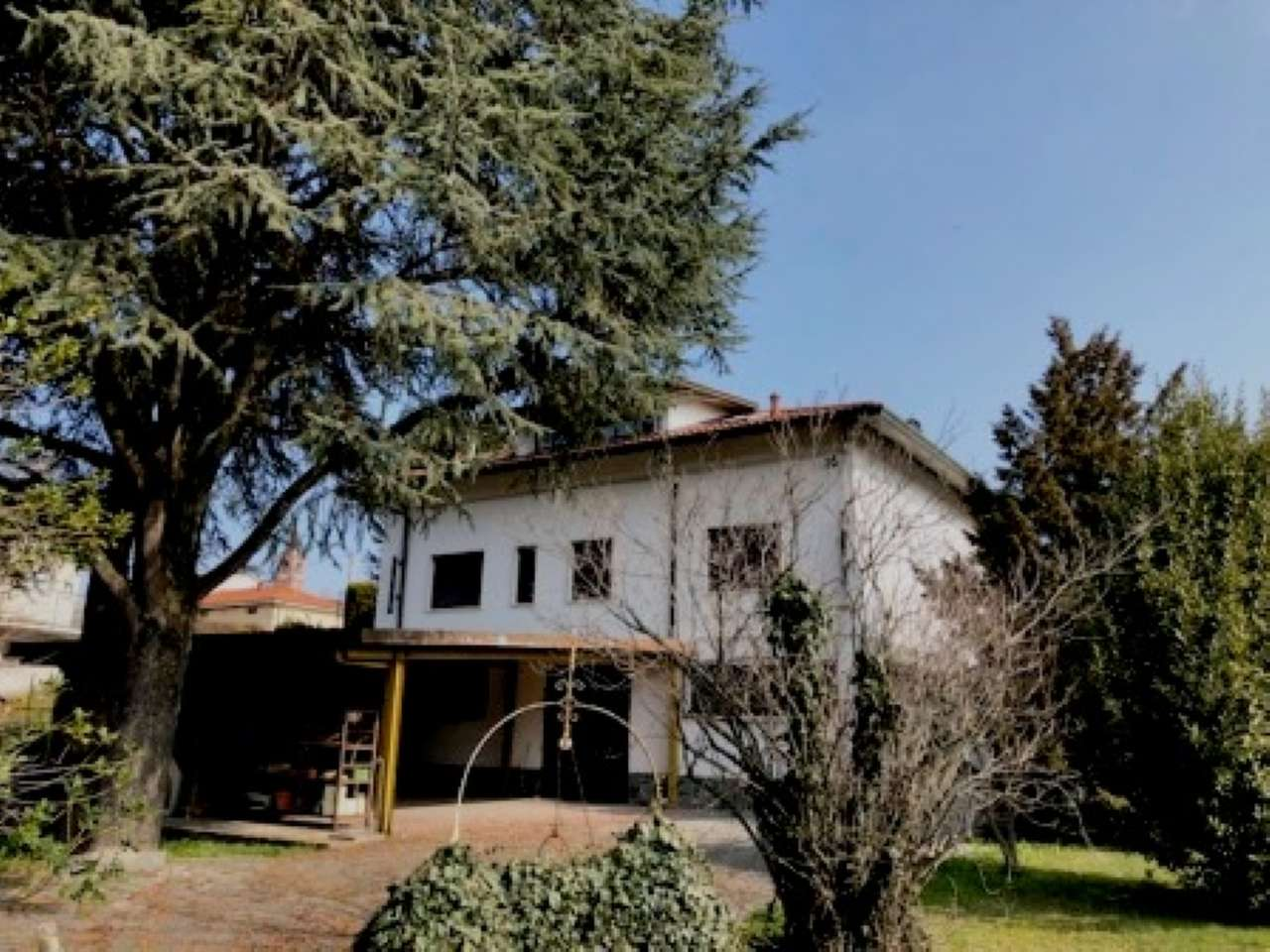 Villa Bifamiliare in vendita a Carbonate, 8 locali, Trattative riservate | CambioCasa.it