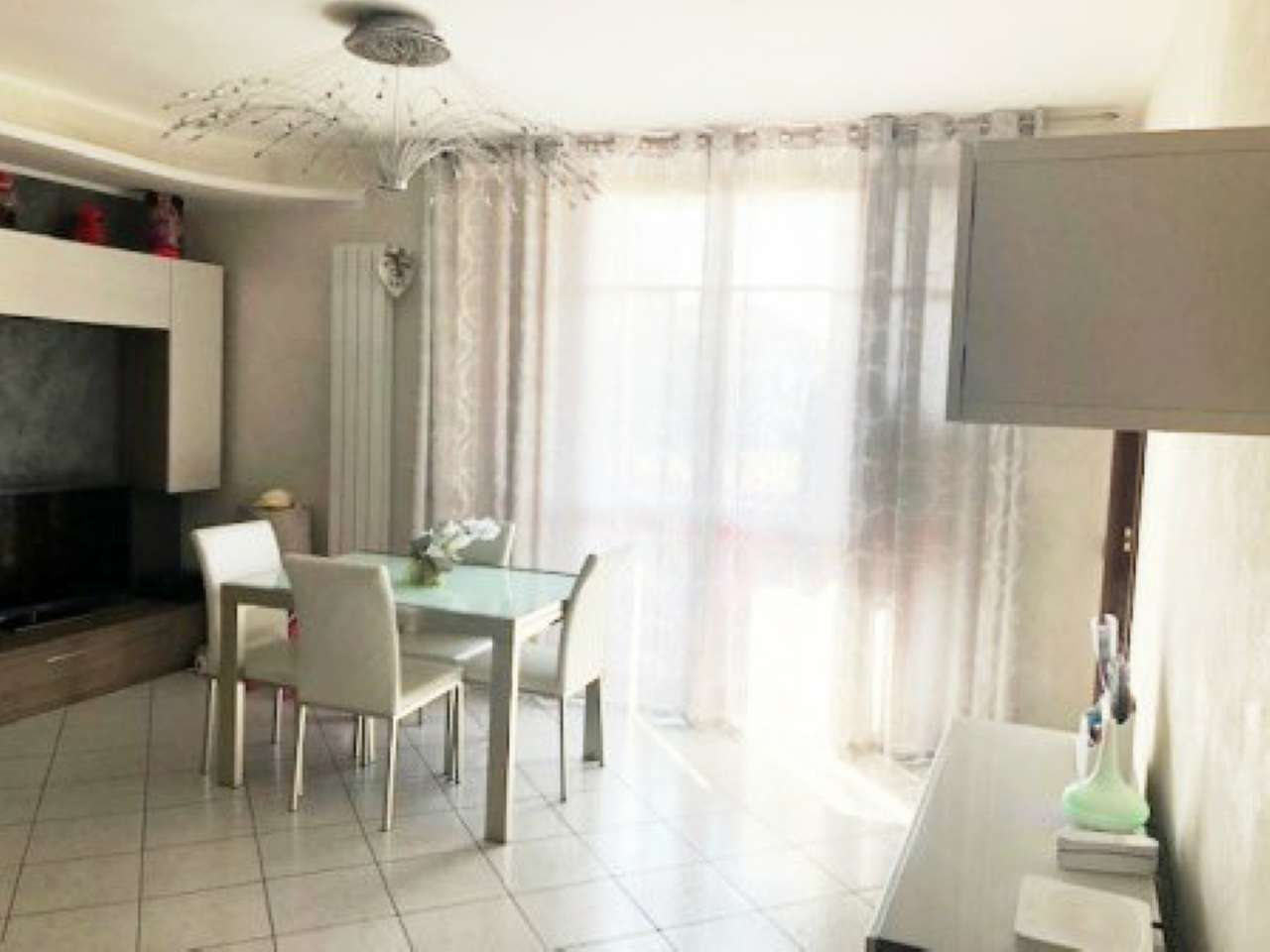 Appartamento in vendita a Gerenzano, 2 locali, prezzo € 118.000 | CambioCasa.it