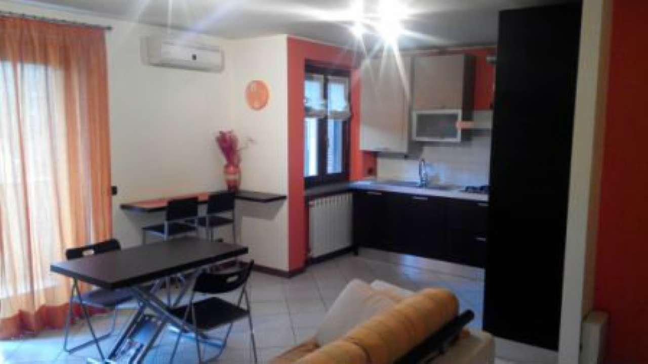 Appartamento in vendita a Gerenzano, 3 locali, prezzo € 180.000 | CambioCasa.it