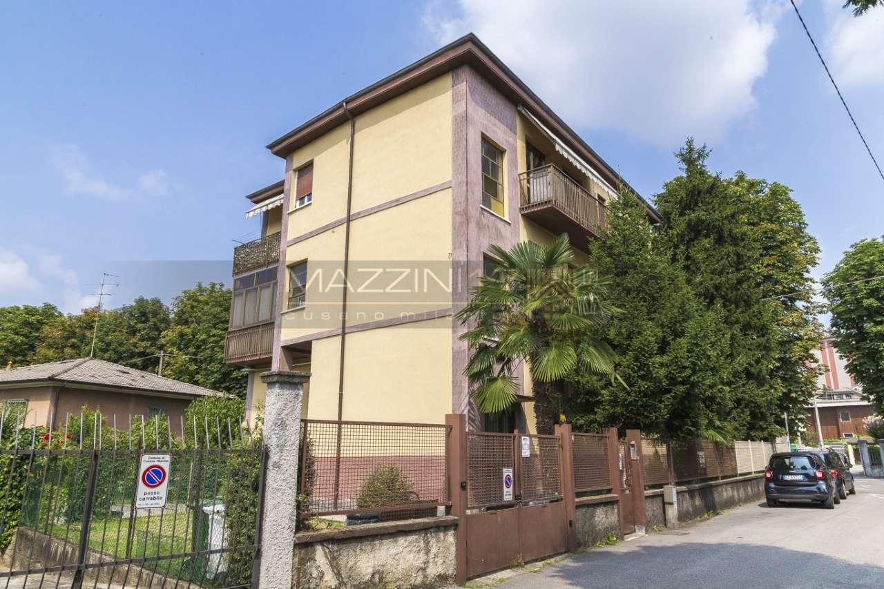 Appartamento in buone condizioni in vendita Rif. 7349997