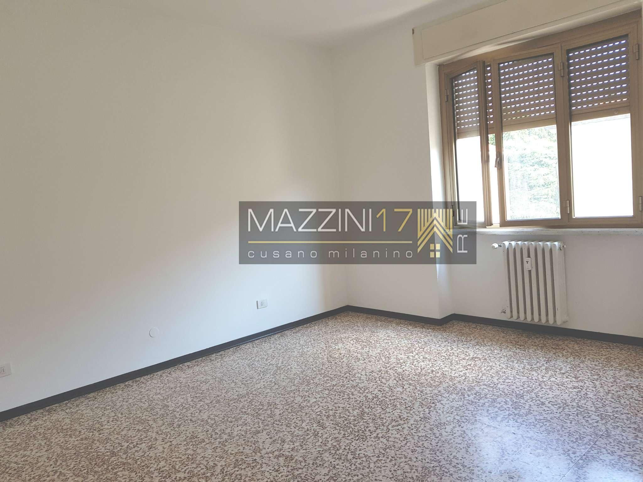 Appartamento in buone condizioni in vendita Rif. 7440971
