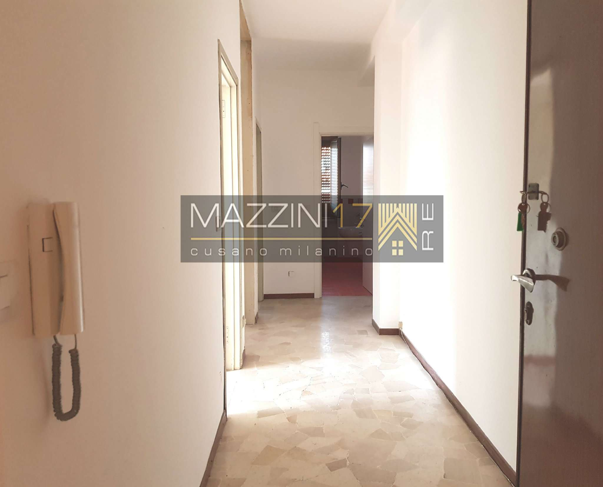 Appartamento in buone condizioni in vendita Rif. 7440972