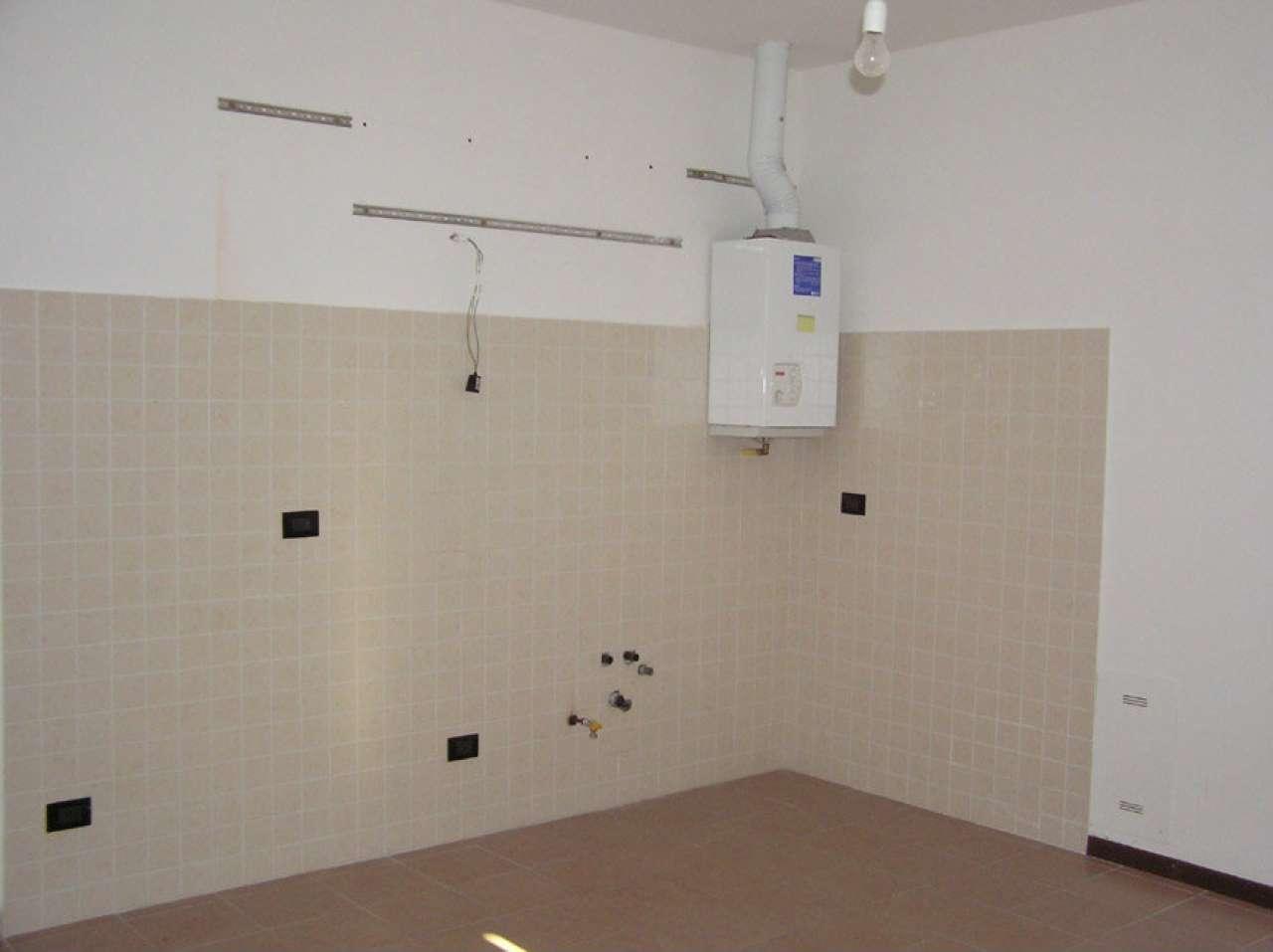 Appartamento in buone condizioni in affitto Rif. 7970549