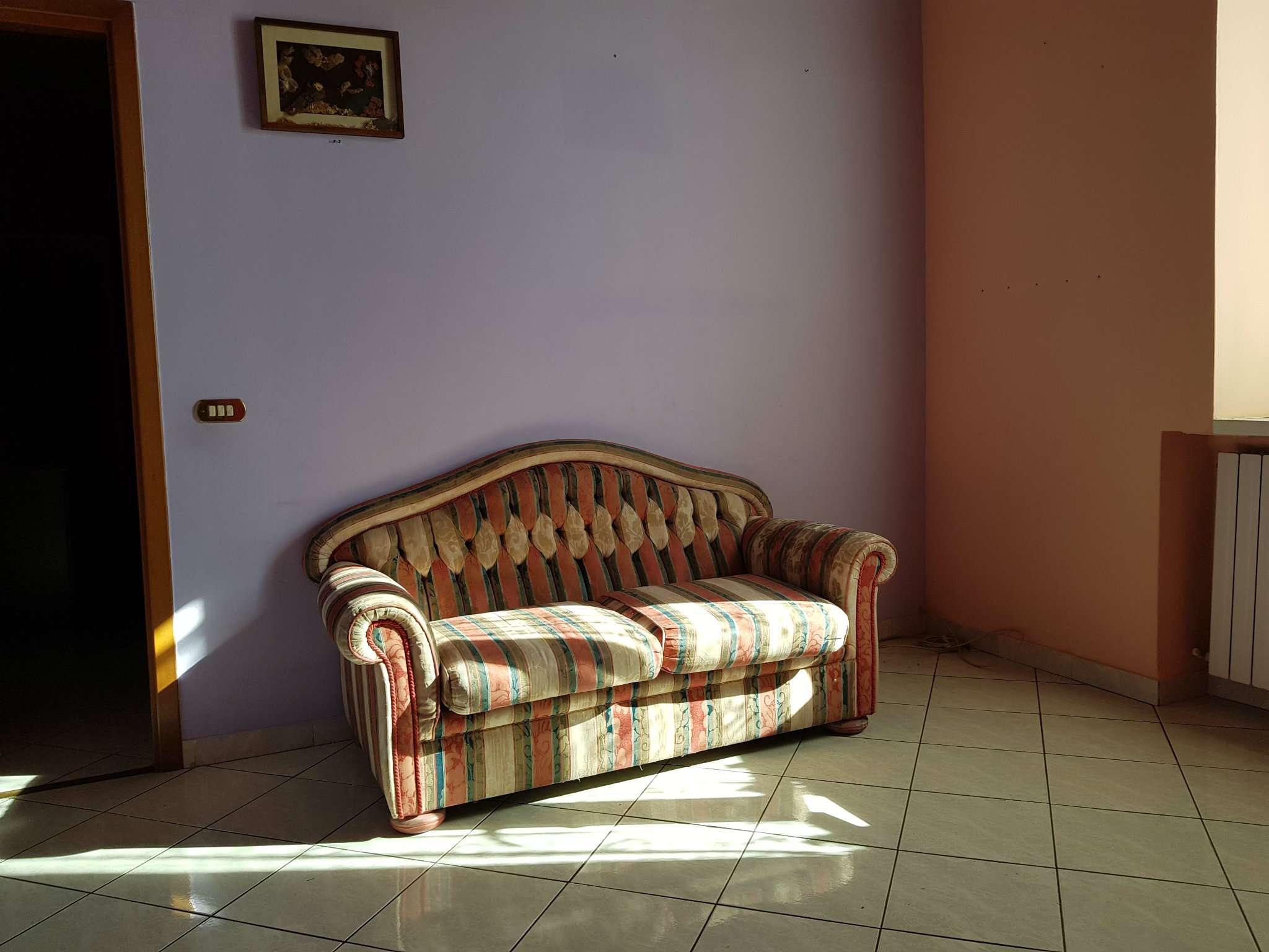Appartamento in buone condizioni in vendita Rif. 8788318