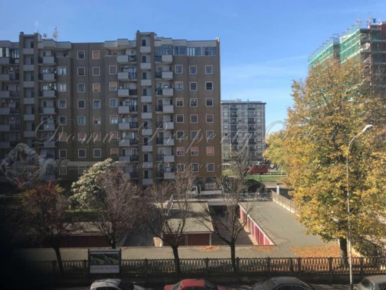Appartamento in buone condizioni in vendita Rif. 7190355