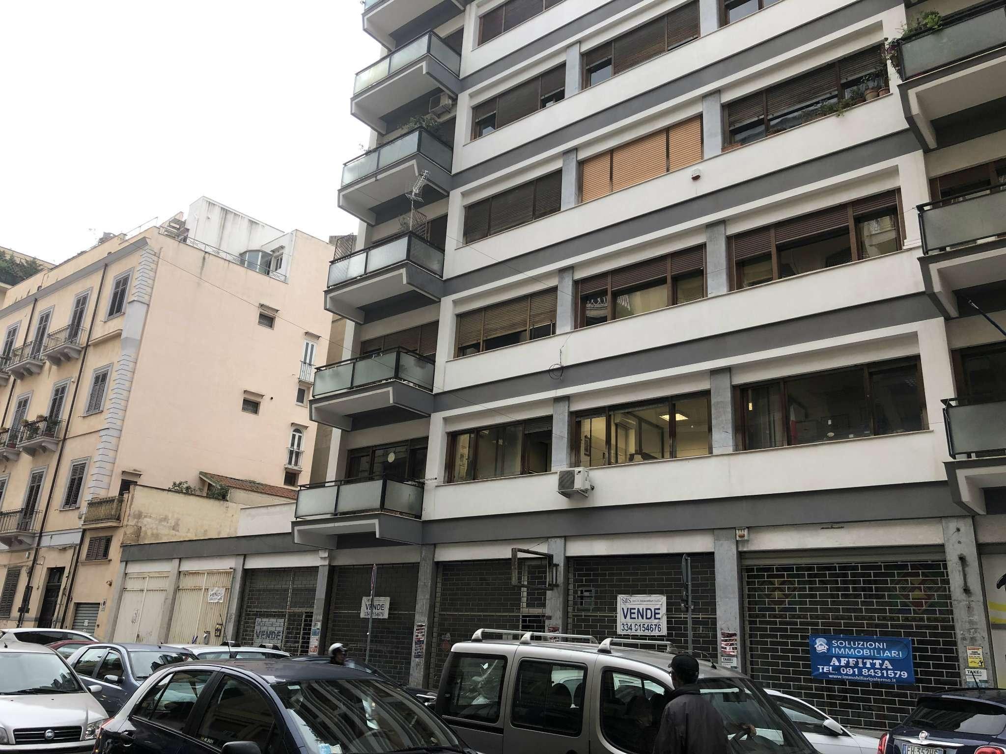 Appartamento ristrutturato in affitto Rif. 8649721