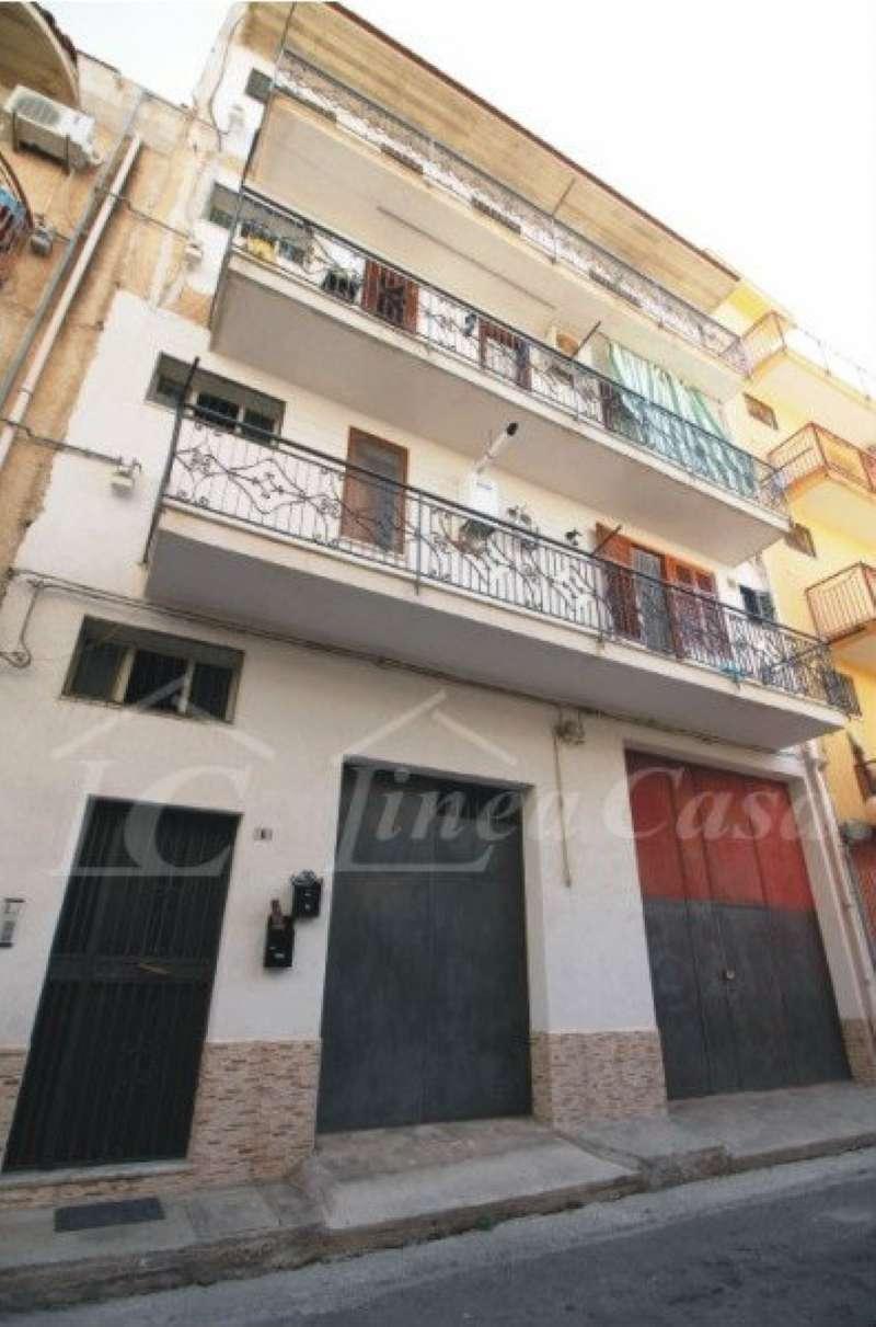 Appartamento in buone condizioni in vendita Rif. 5262560