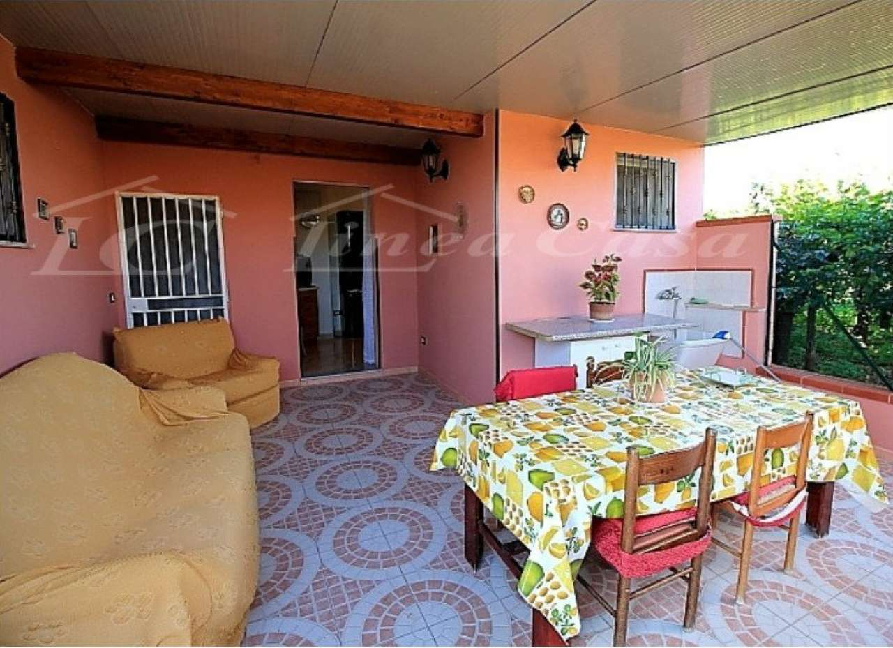 Villa Bifamiliare in affitto a Altavilla Milicia, 3 locali, prezzo € 350 | CambioCasa.it