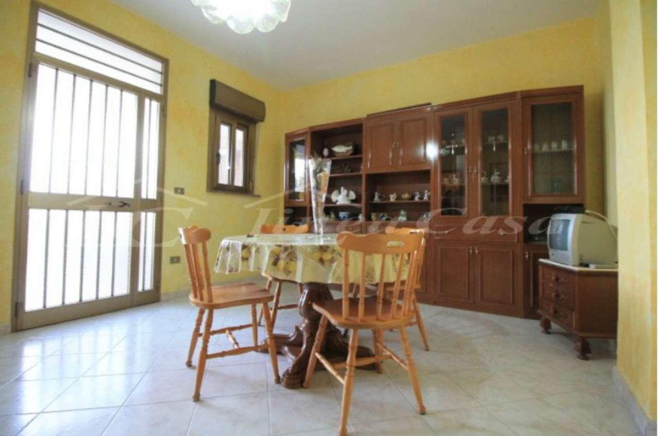 Appartamento in affitto a Altavilla Milicia, 3 locali, prezzo € 350 | CambioCasa.it