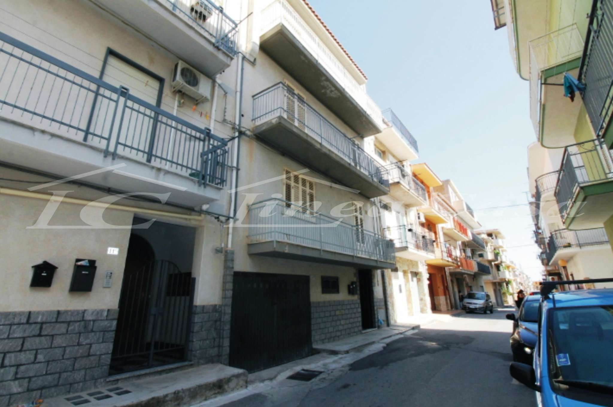 Appartamento in discrete condizioni in affitto Rif. 7813237