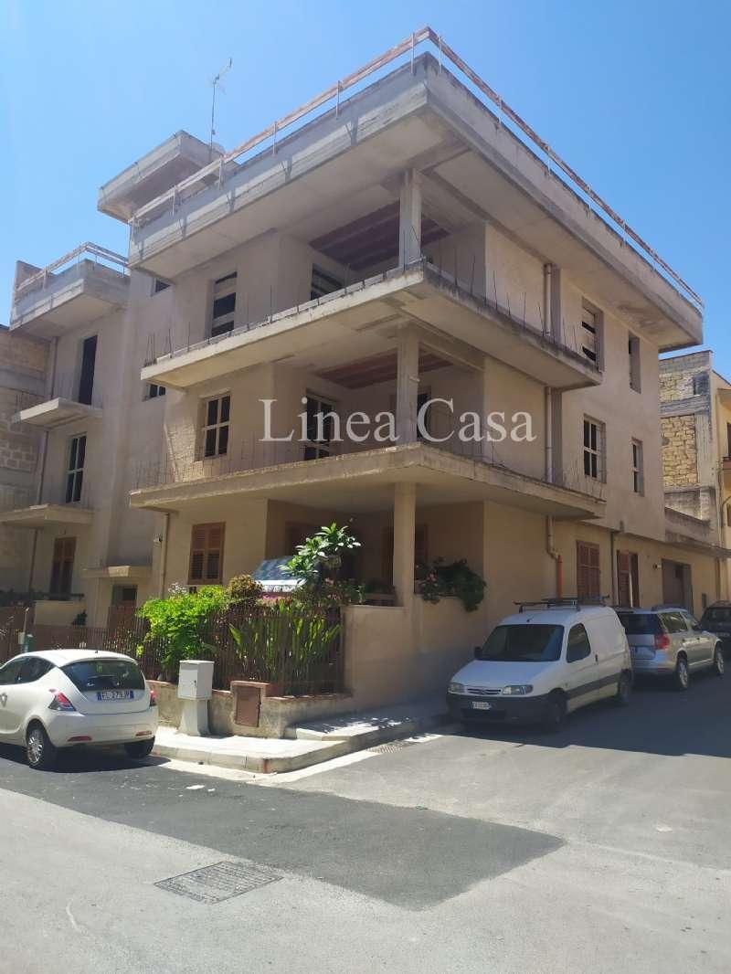 Appartamento in vendita a Casteldaccia, 3 locali, prezzo € 65.000 | CambioCasa.it