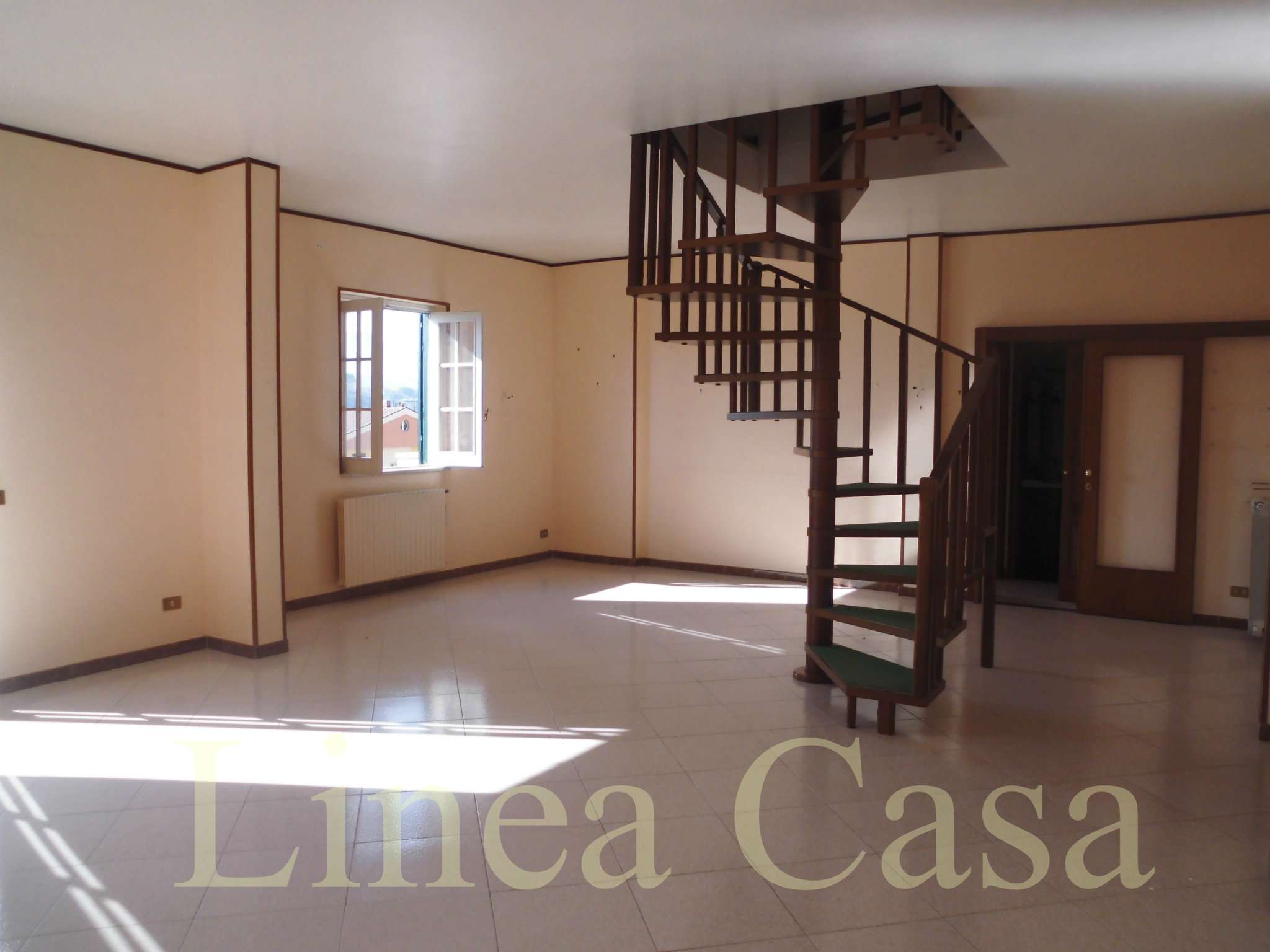 Appartamento in vendita a Monreale, 5 locali, prezzo € 160.000 | PortaleAgenzieImmobiliari.it
