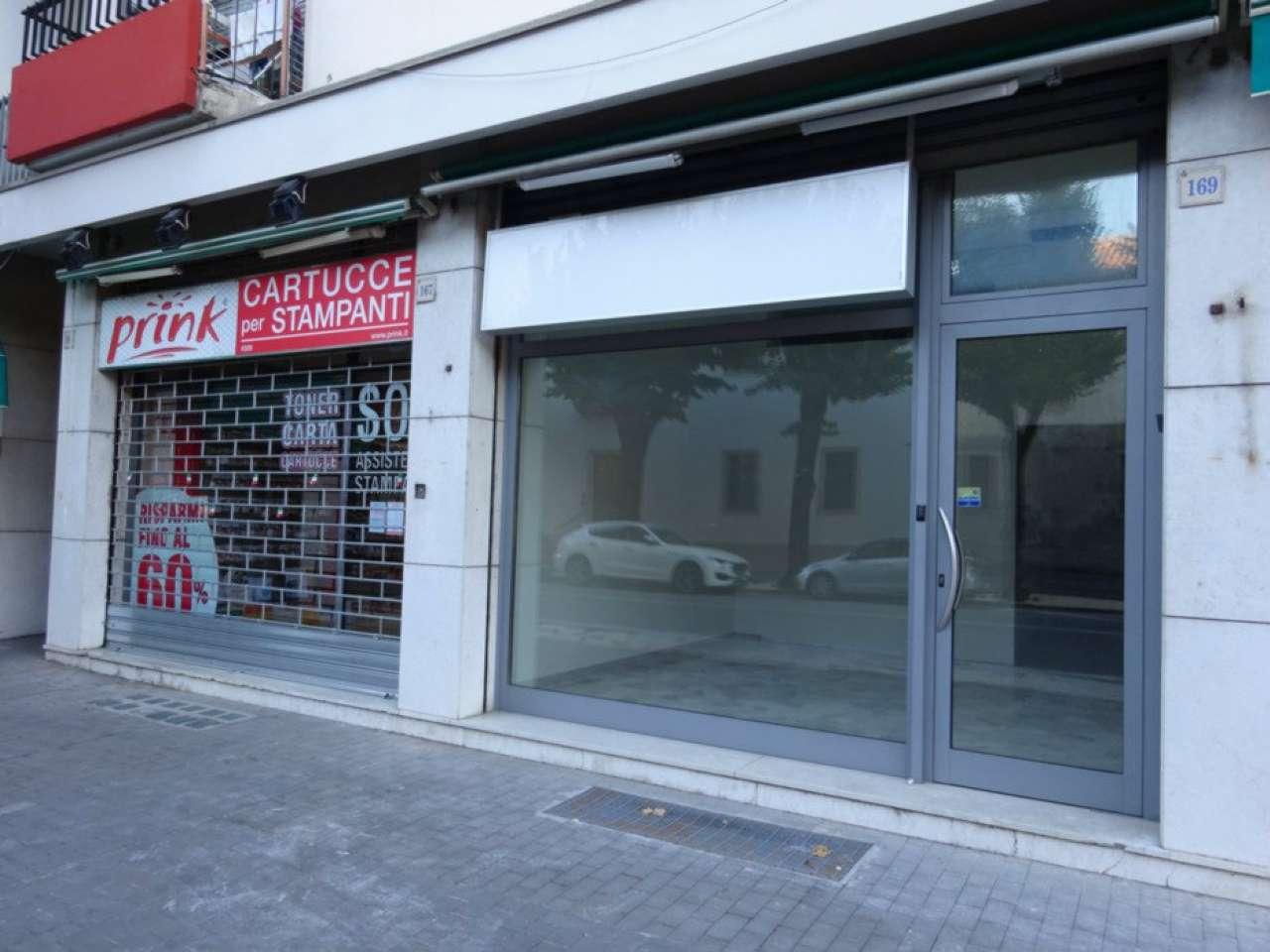 Negozio / Locale in vendita a Vittorio Veneto, 4 locali, prezzo € 90.000   CambioCasa.it