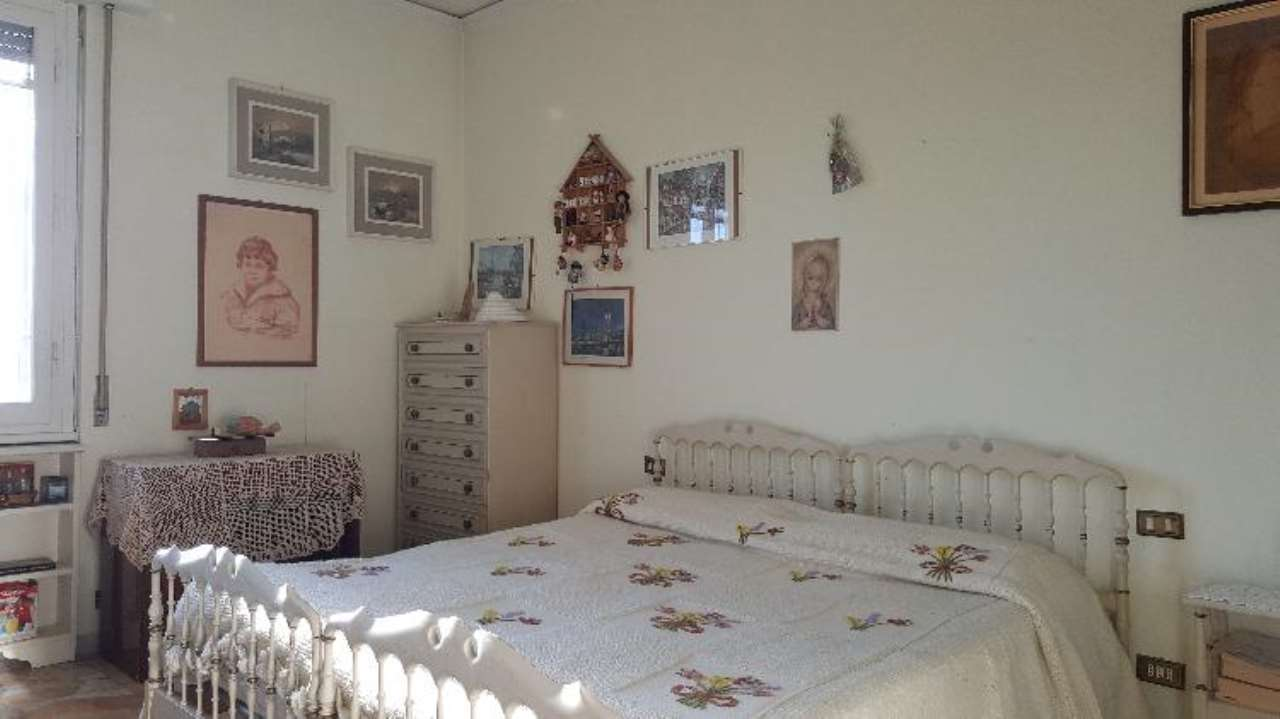 Appartamento in buone condizioni in vendita Rif. 9246641