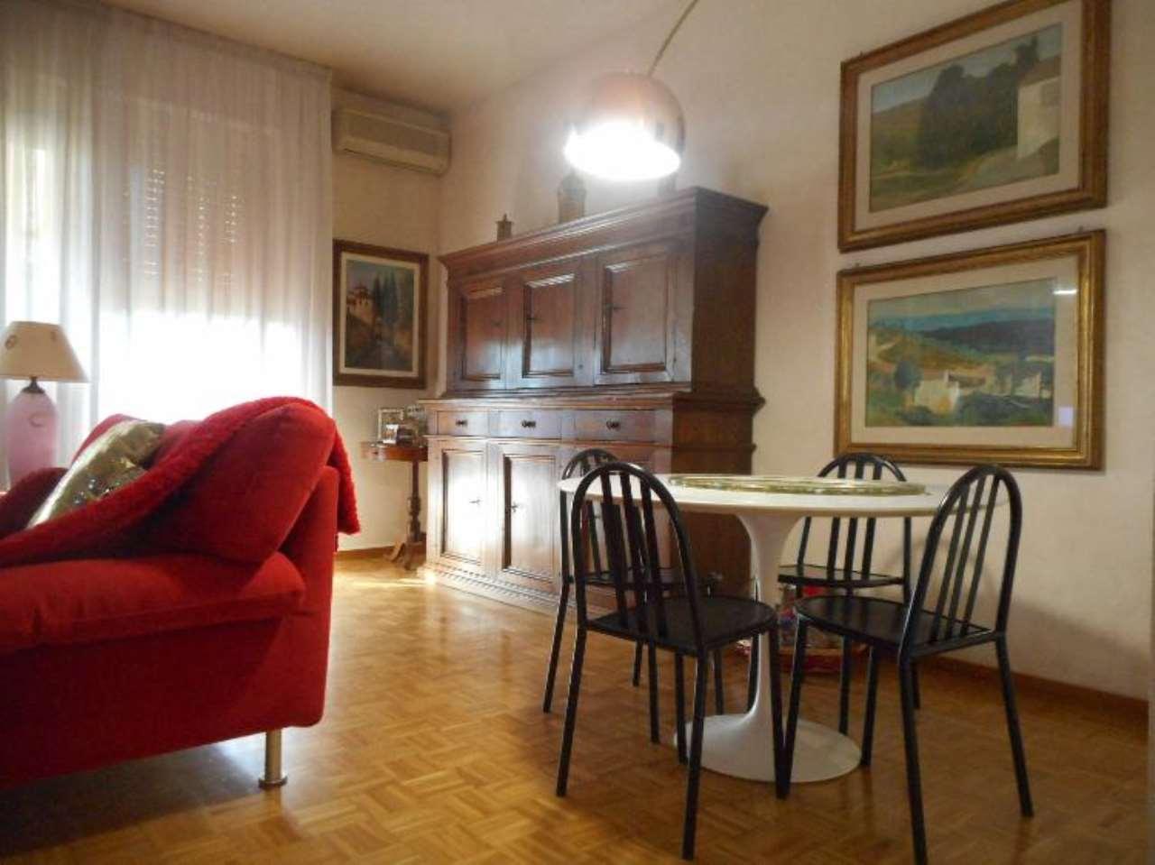 Appartamento in ottime condizioni in vendita Rif. 9308699