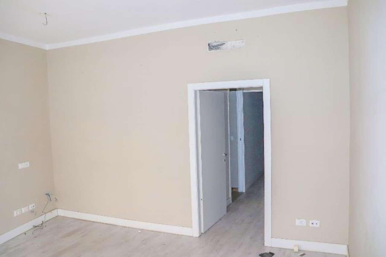 Fondo commerciale in affitto Rif. 8863947