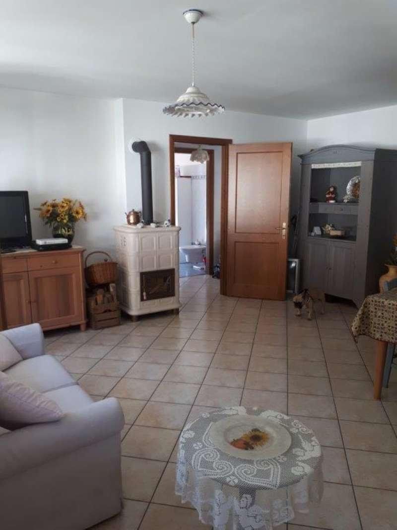 Appartamento in vendita a Forno di Zoldo, 3 locali, prezzo € 150.000 | CambioCasa.it
