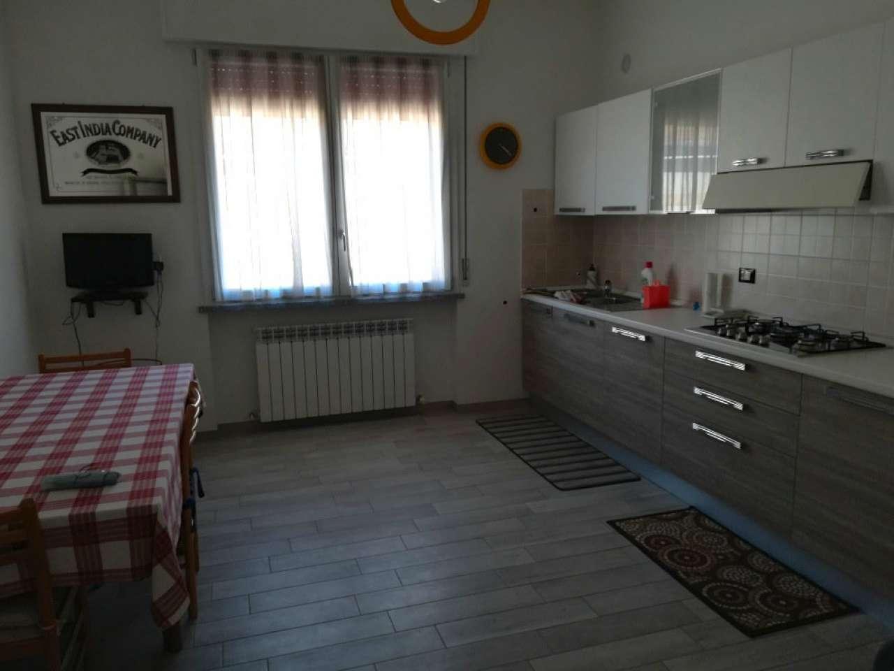 Villetta a schiera ristrutturato parzialmente arredato in vendita Rif. 5787795