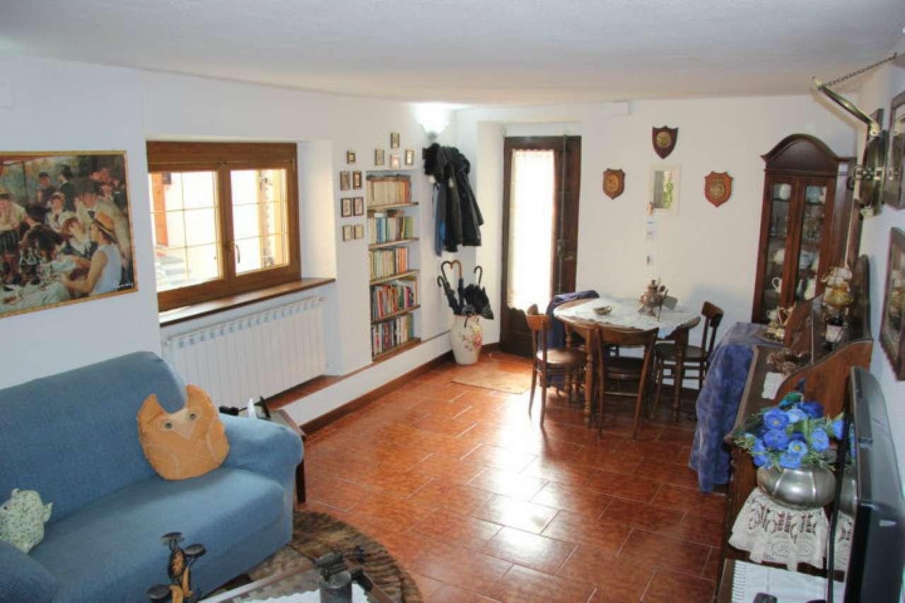 Soluzione Indipendente in vendita a Brugnato, 6 locali, prezzo € 150.000 | CambioCasa.it