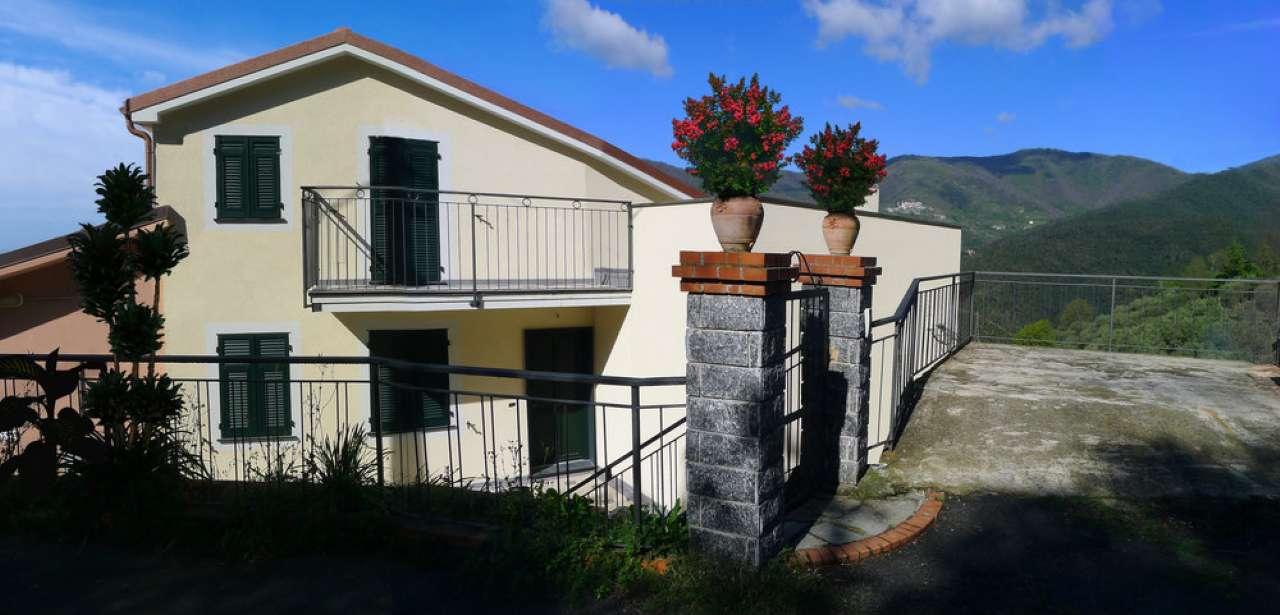 Soluzione Indipendente in vendita a Sestri Levante, 6 locali, prezzo € 350.000   CambioCasa.it