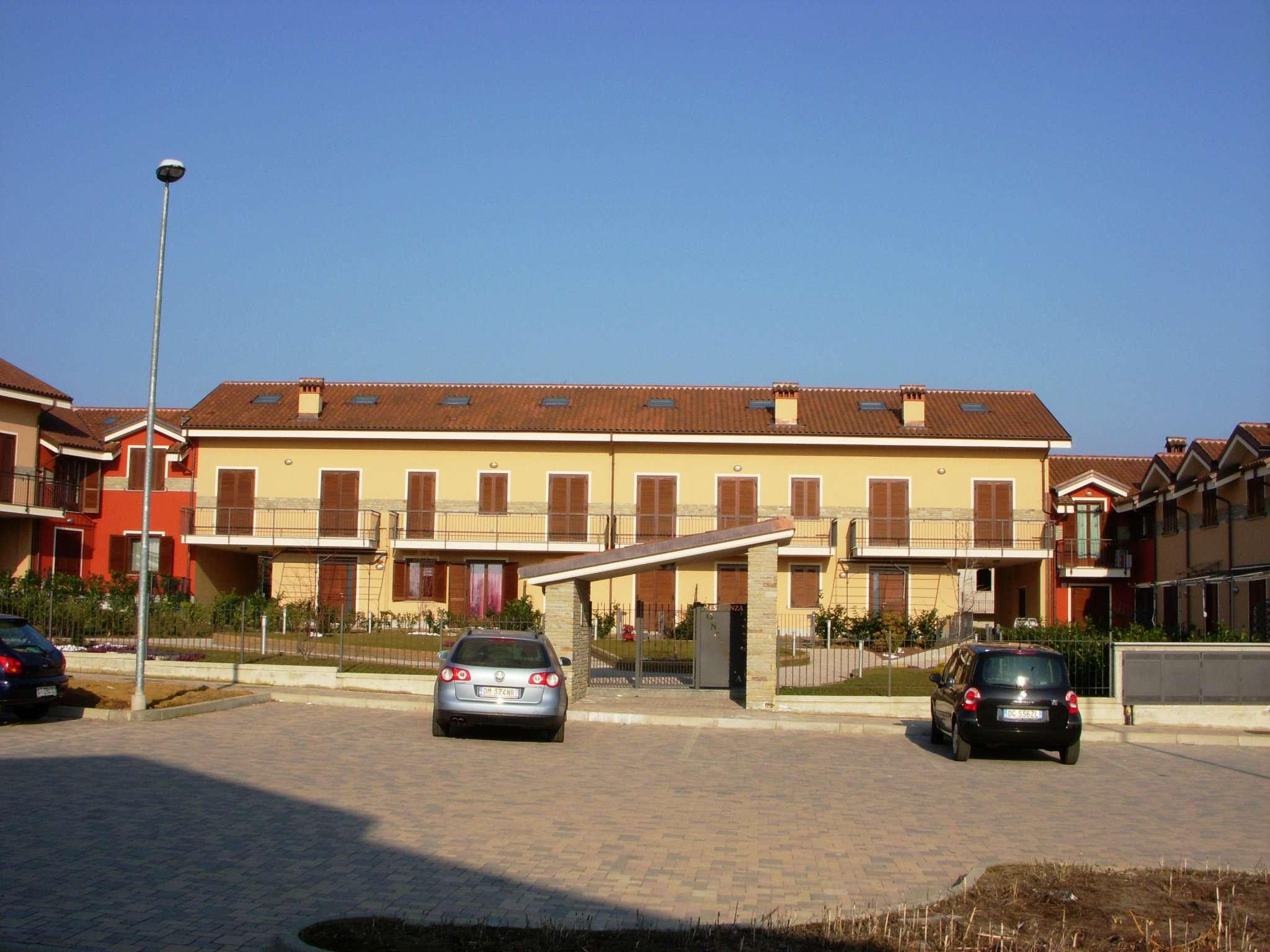Appartamento in affitto a Bricherasio, 2 locali, prezzo € 330   CambioCasa.it