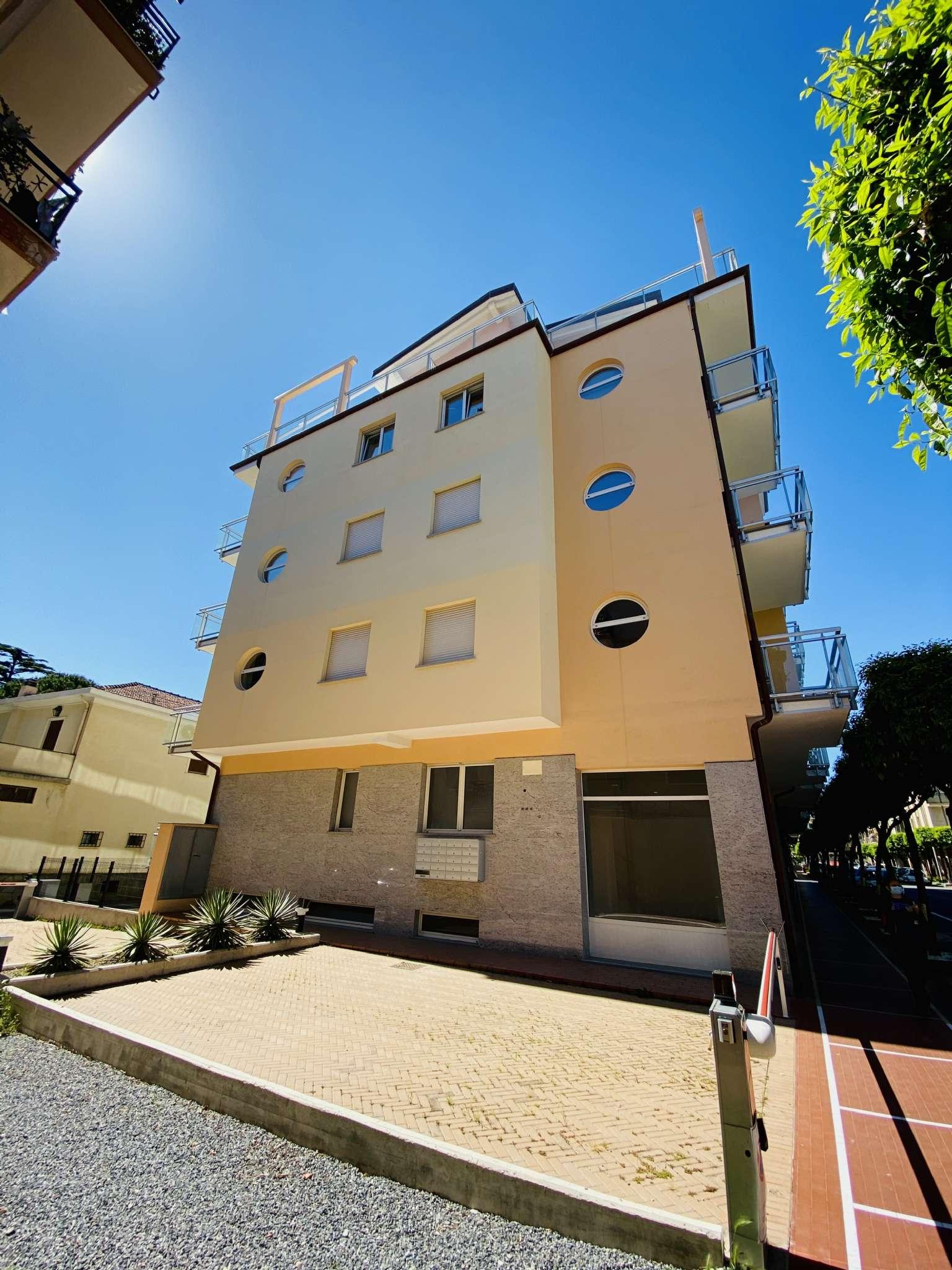Appartamento in vendita a Diano Marina, 3 locali, prezzo € 310.000 | PortaleAgenzieImmobiliari.it