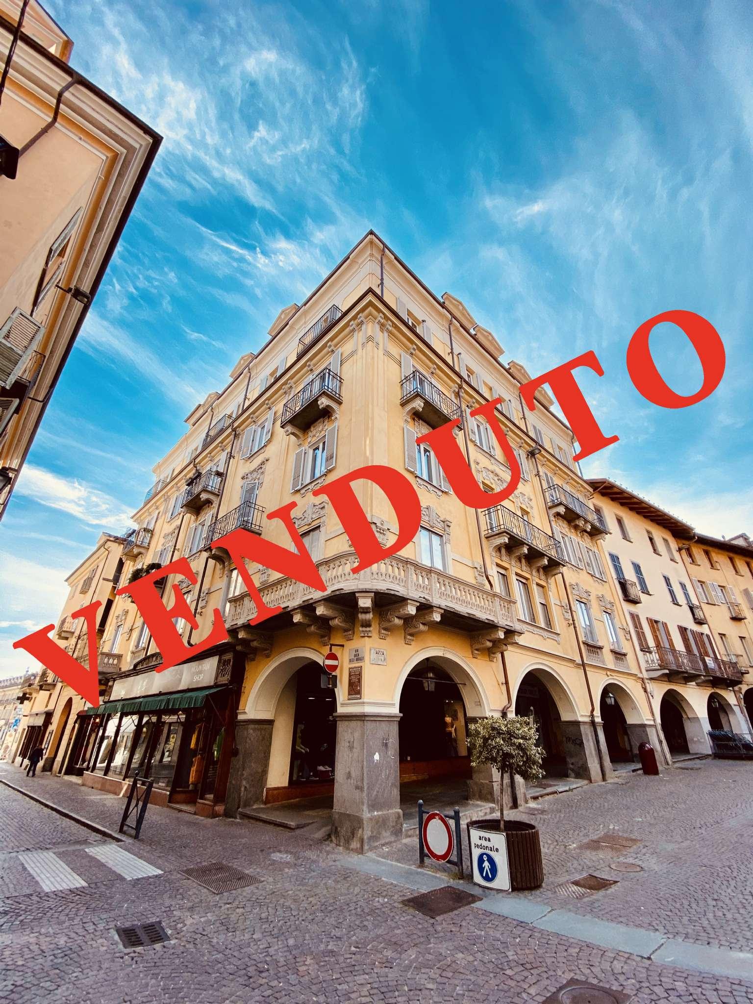 Appartamento in vendita a Pinerolo, 2 locali, prezzo € 115.000 | CambioCasa.it