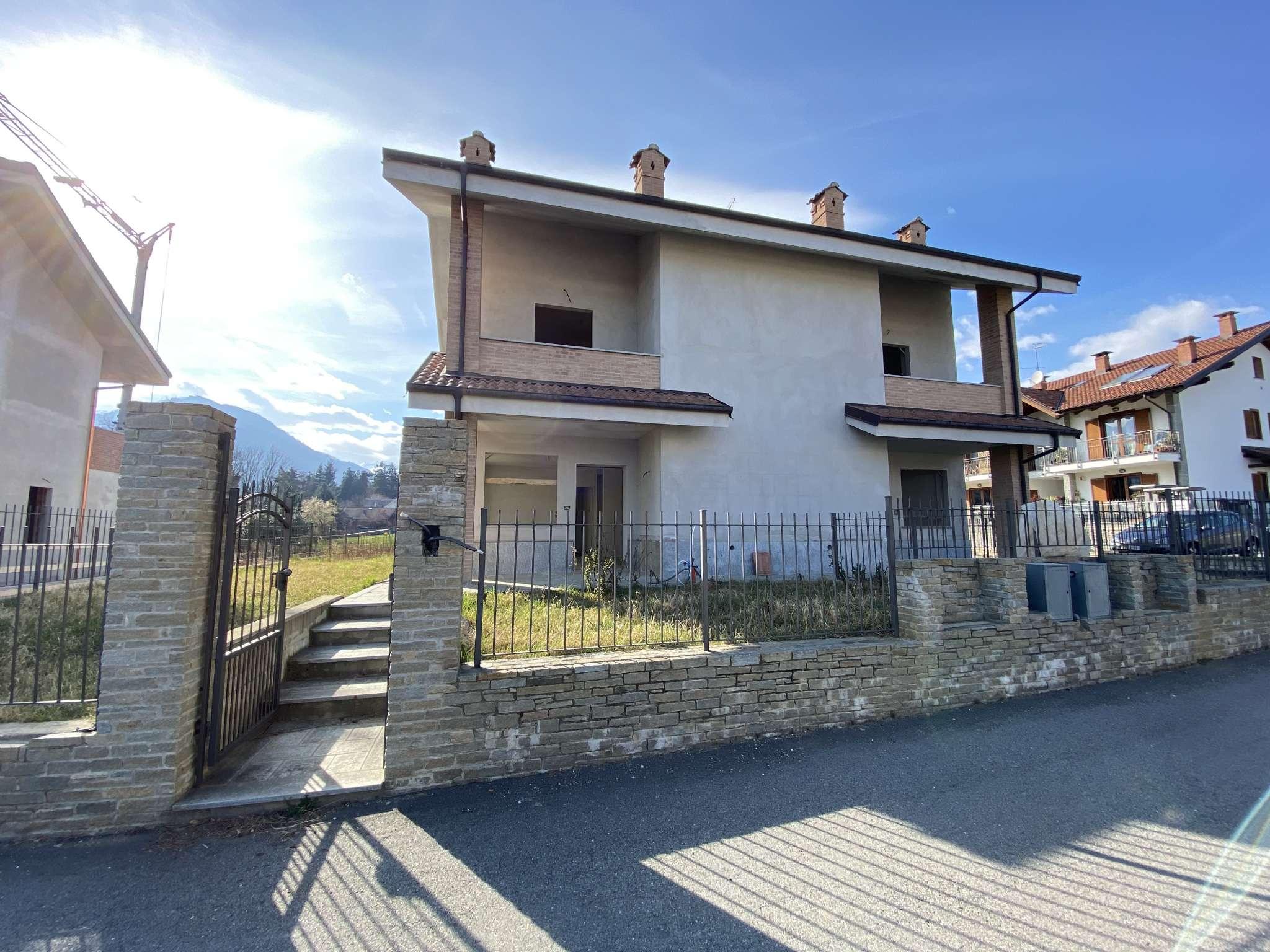 Villa Bifamiliare in vendita a Luserna San Giovanni, 11 locali, prezzo € 320.000   CambioCasa.it