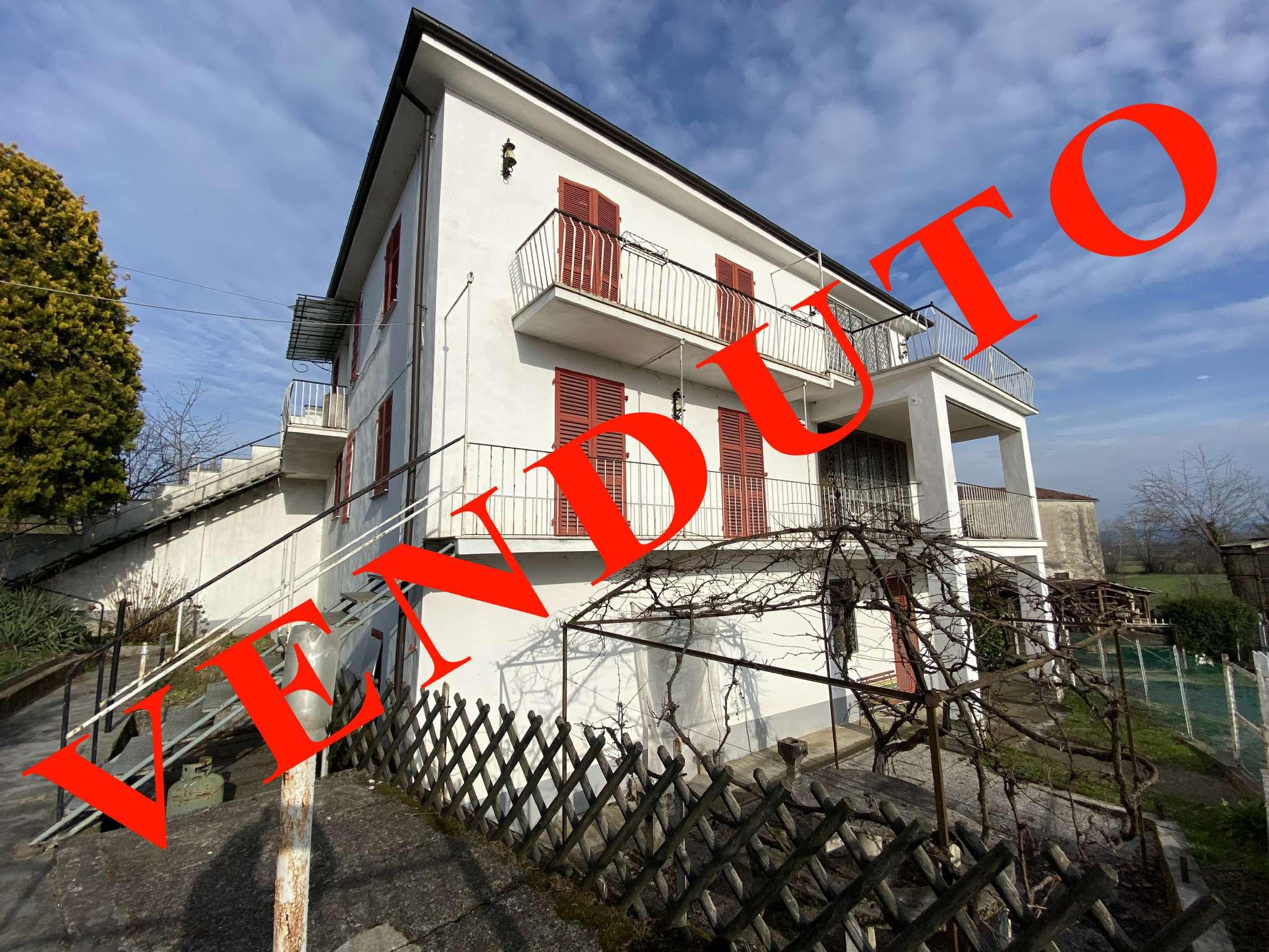 Soluzione Semindipendente in vendita a Magliano Alpi, 9 locali, prezzo € 75.000 | CambioCasa.it
