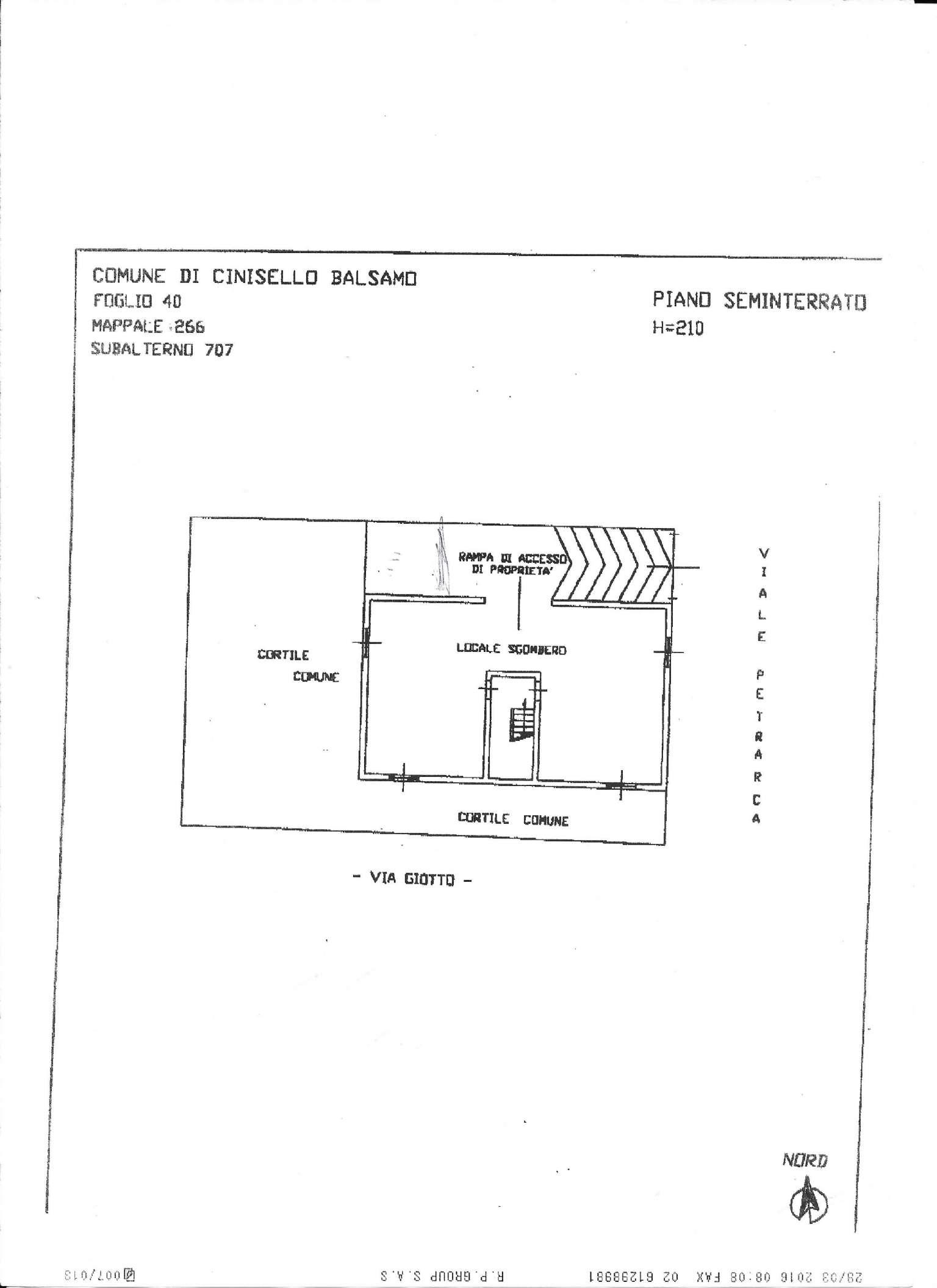 Magazzino in vendita a Cinisello Balsamo, 2 locali, prezzo € 52.000 | CambioCasa.it