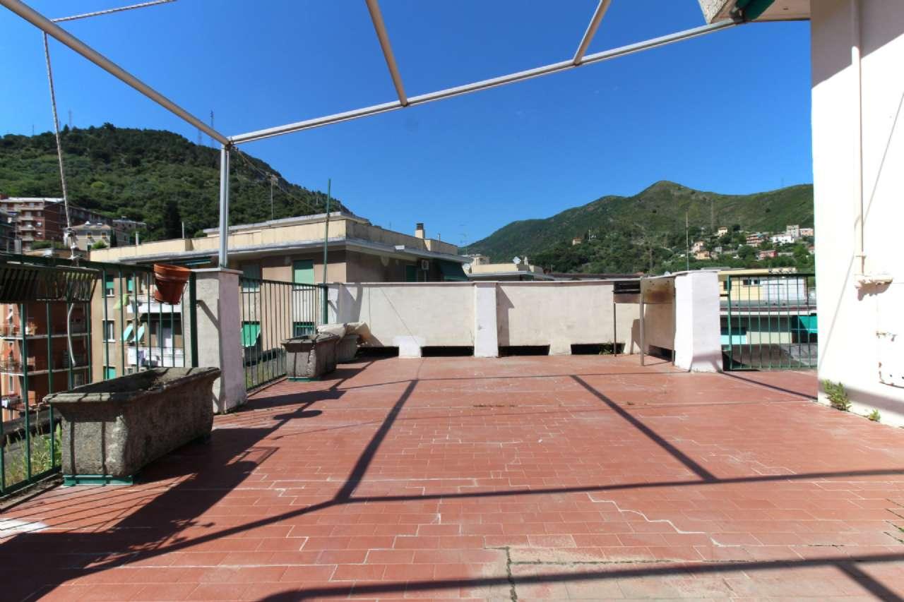 Attico / Mansarda in vendita a Genova, 3 locali, zona Sestri Ponente, Medio Ponente, prezzo € 129.000 | PortaleAgenzieImmobiliari.it