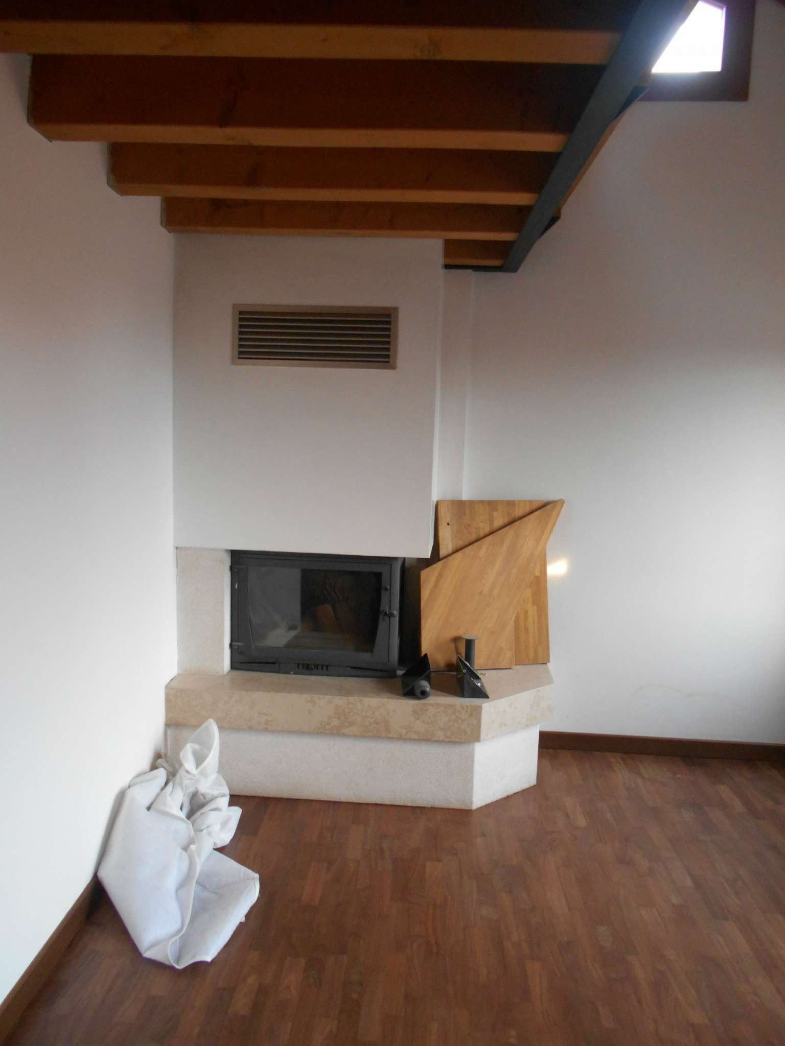 Appartamento in affitto a Castello di Godego, 4 locali, prezzo € 530   CambioCasa.it