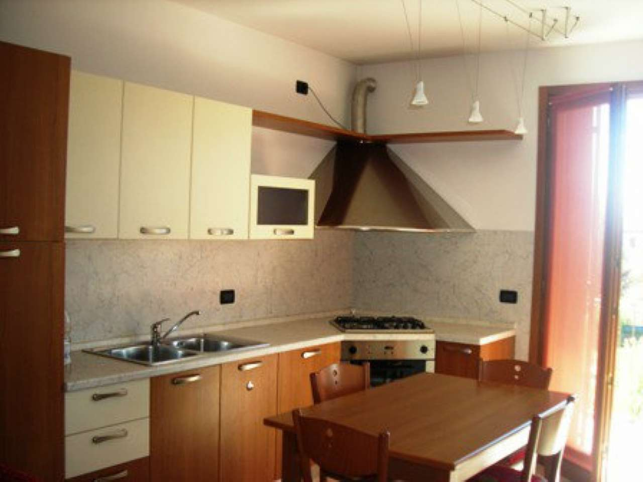 Appartamento in affitto a Castelfranco Veneto, 2 locali, prezzo € 430 | CambioCasa.it