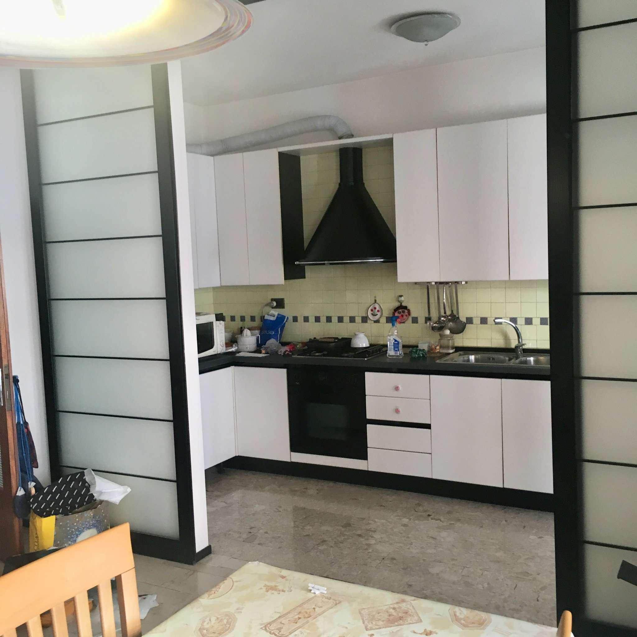 Appartamento in affitto a Castelfranco Veneto, 6 locali, prezzo € 600 | CambioCasa.it