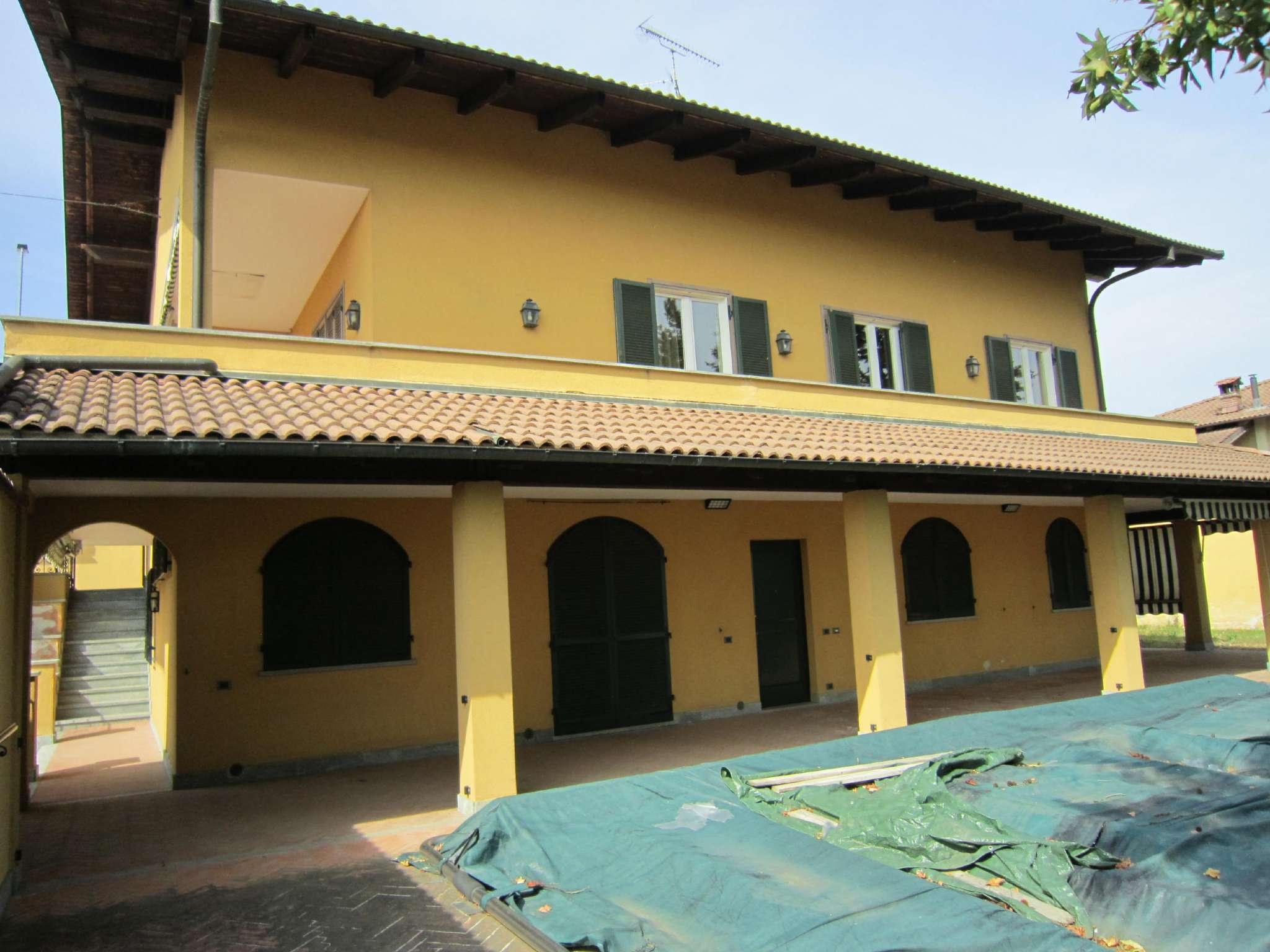 Soluzione Indipendente in vendita a Cherasco, 10 locali, prezzo € 440.000 | CambioCasa.it